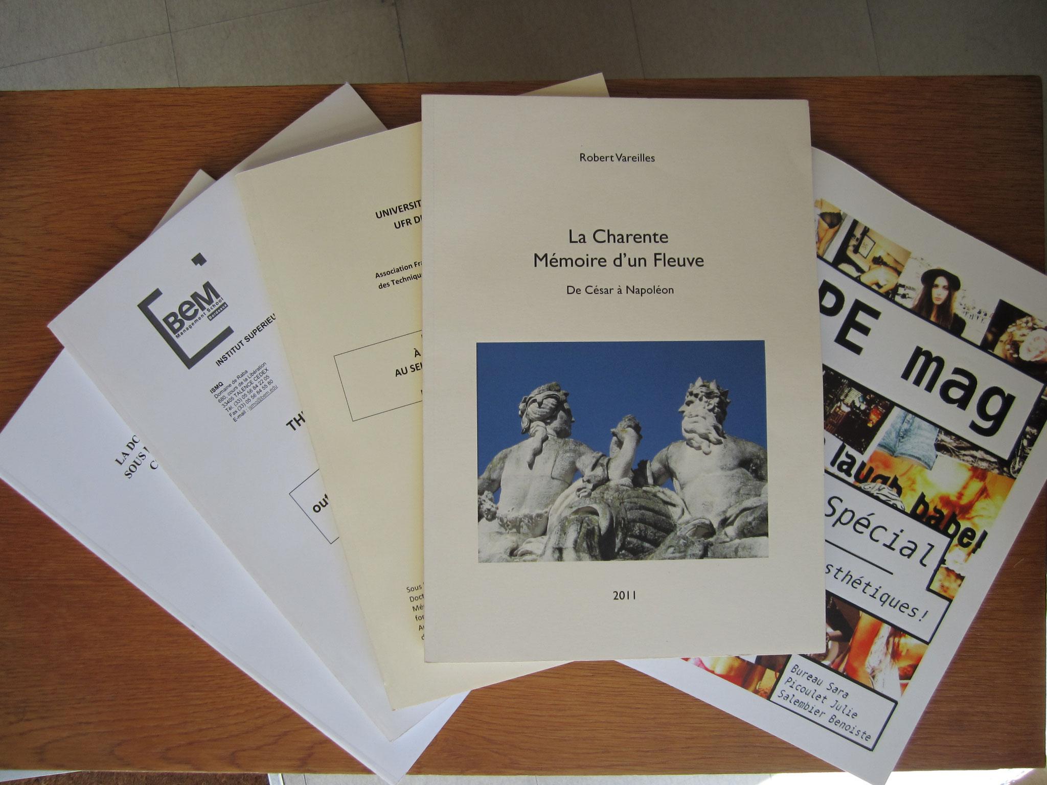 Mémoires et brochures, reliures dos carré collé artisanales ou deux points métal