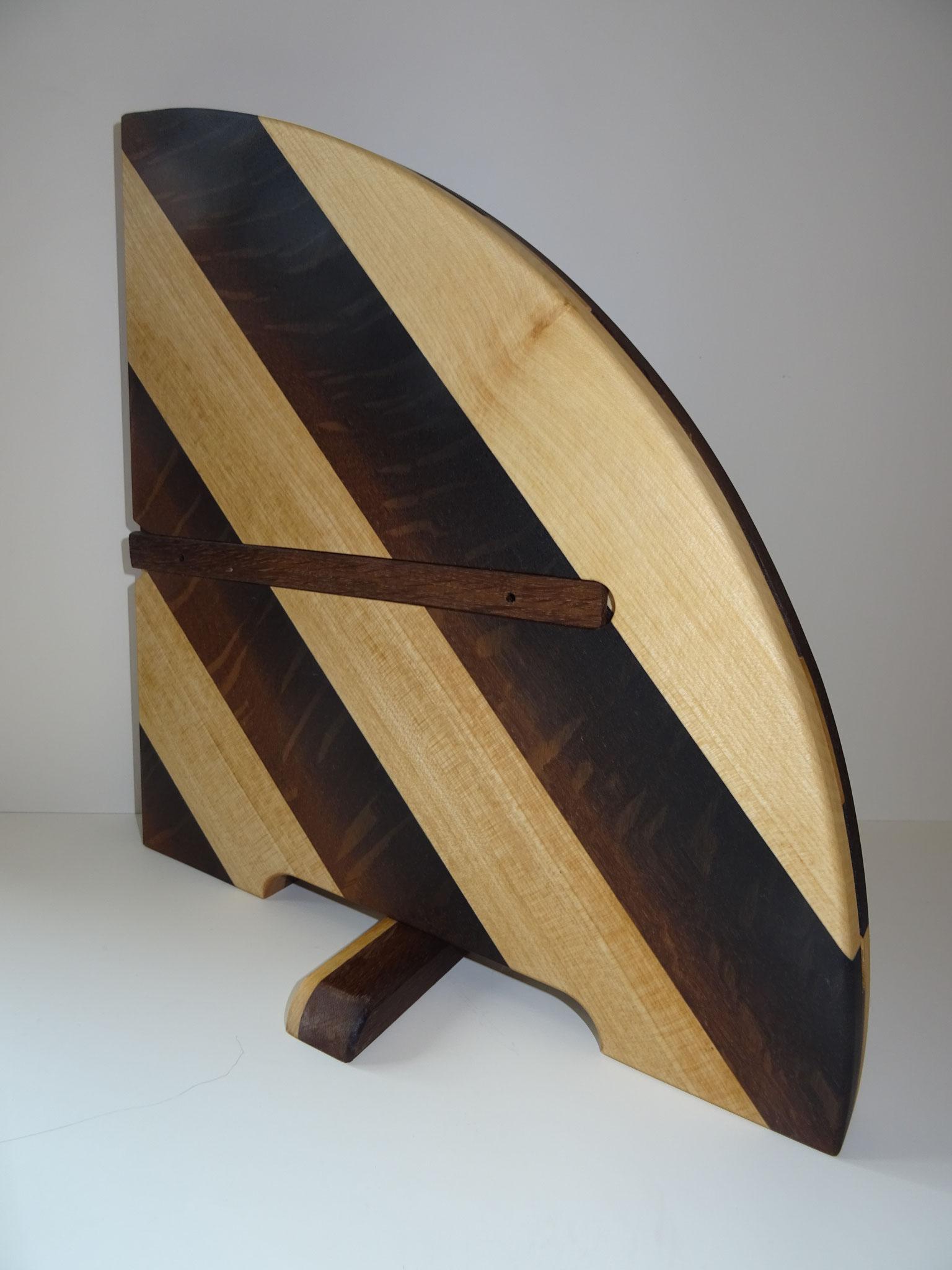 Moor-Eiche mit Ahorn diagonal (Farbbeispiel)