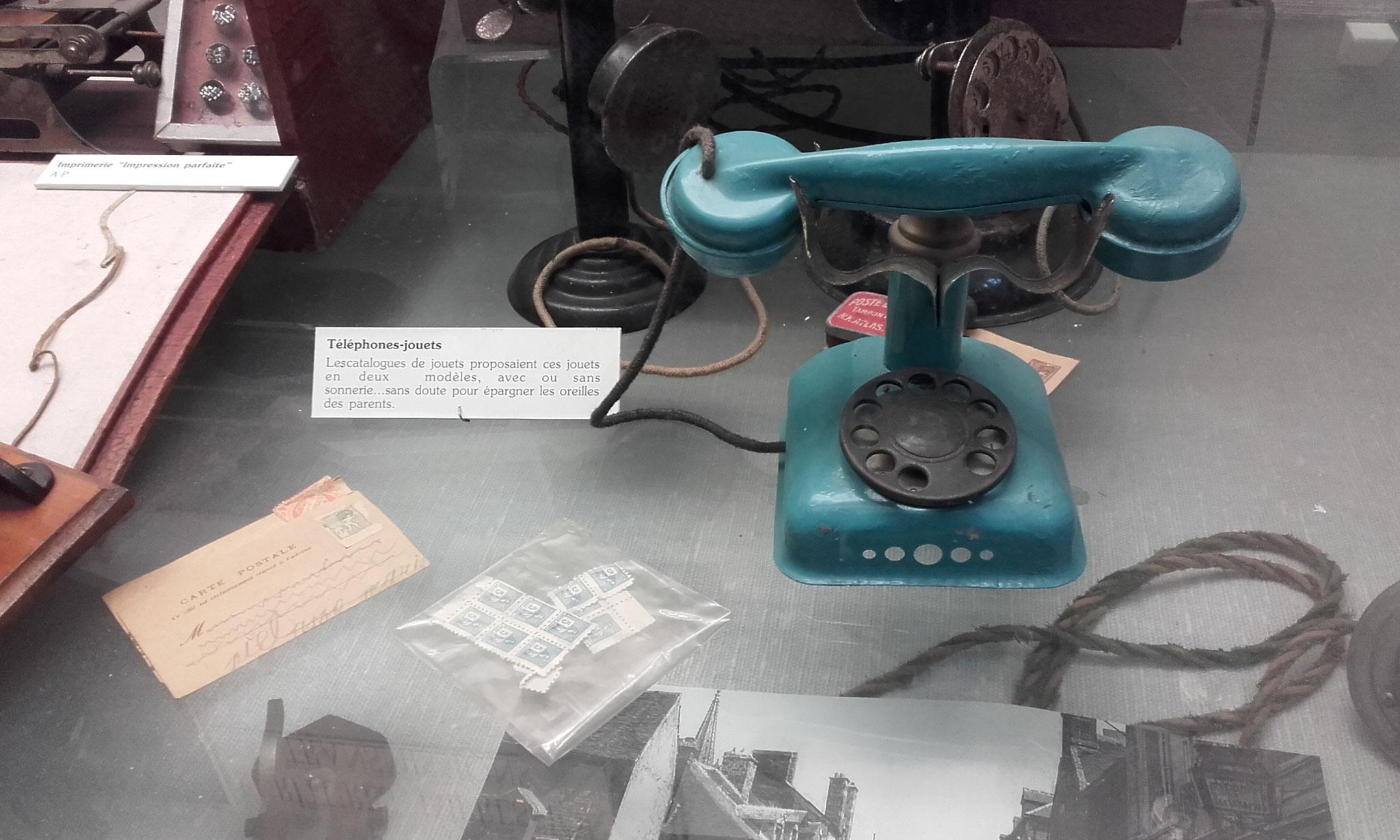 pour jouer à l'opérateur téléponique