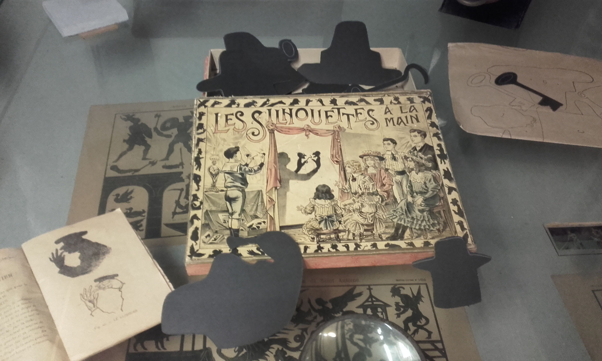 jeu d'ombres chinoises