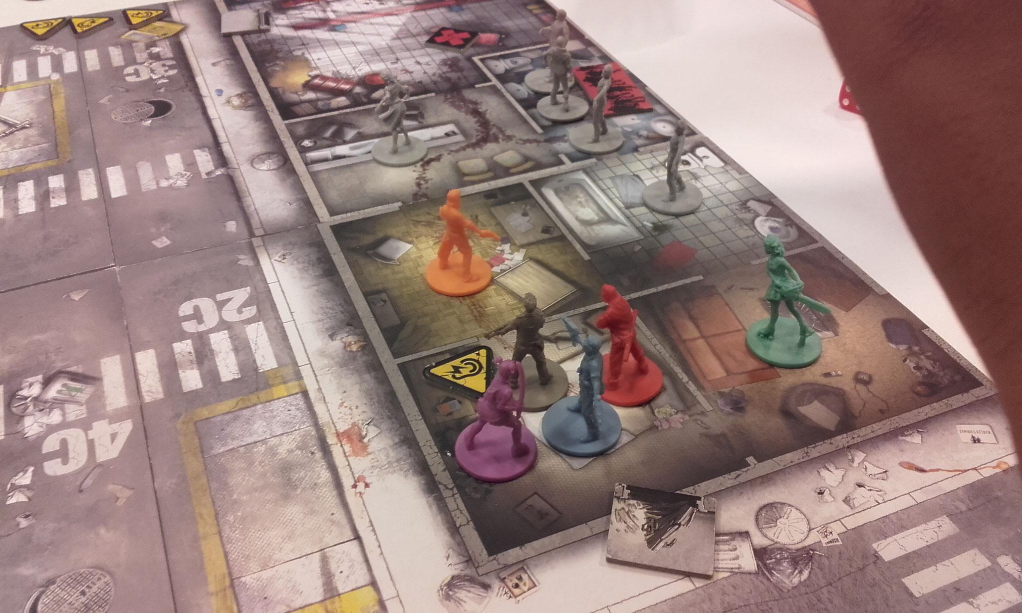 Zombicide - Quelques zombies s'approchent