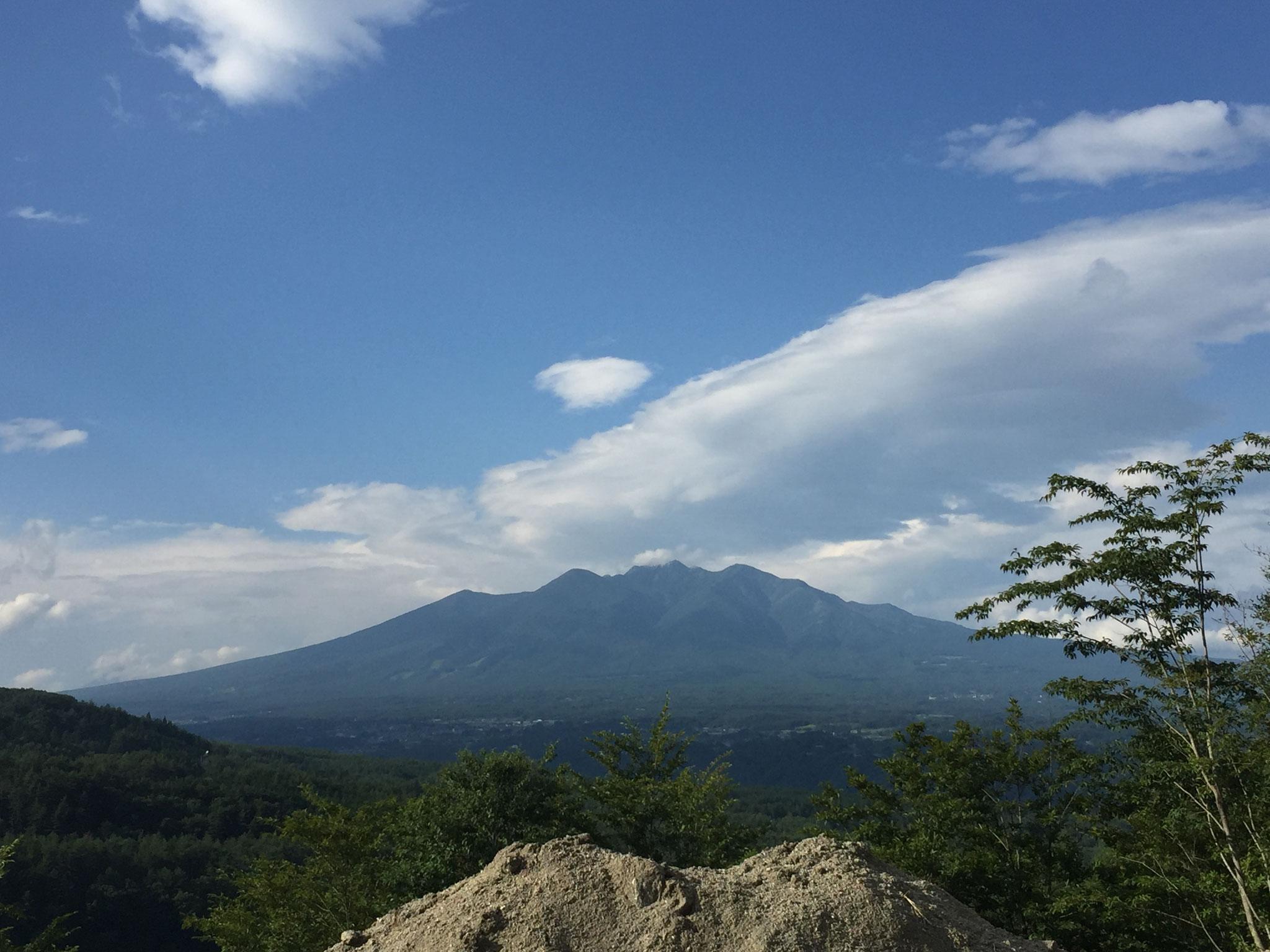 採石場 最上段部からみた八ヶ岳 その2