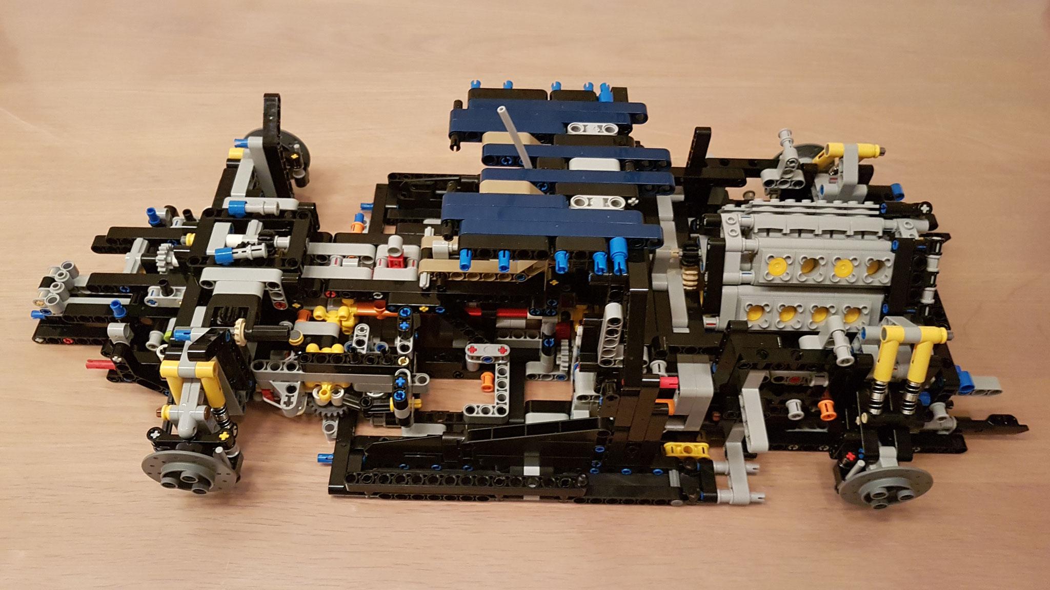 Motor und Getriebe...