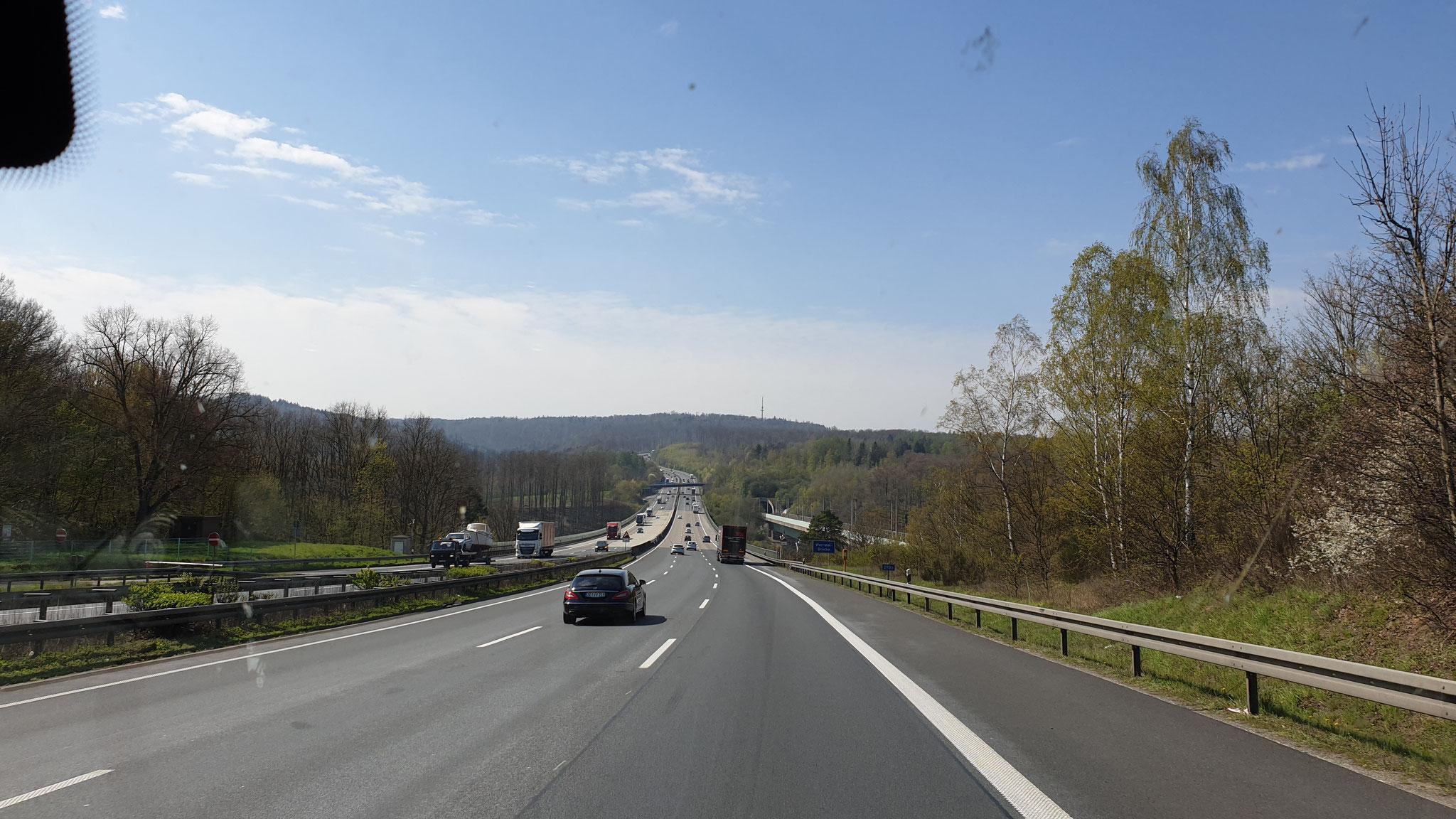 Zwischendurch rollt der Verkehr