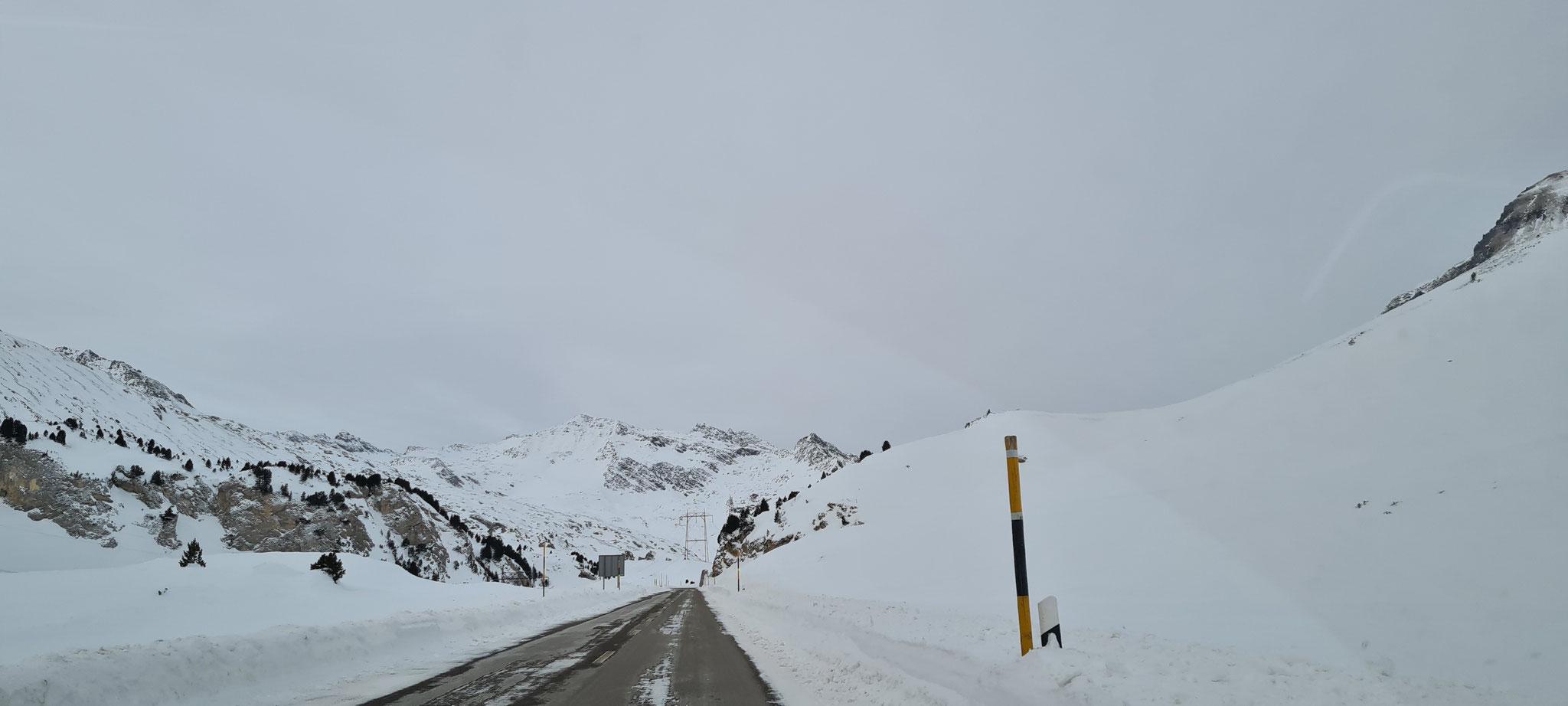 ...aber wo sind nun die schneebedeckten Strassen?