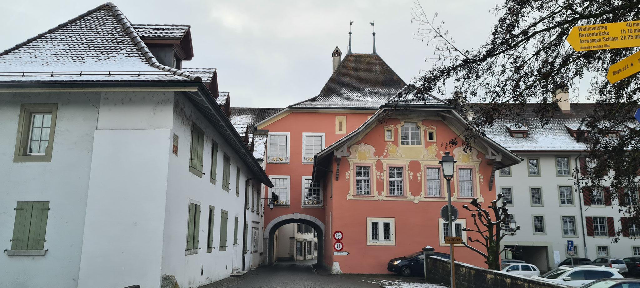 ...mitten durch die Altstadt