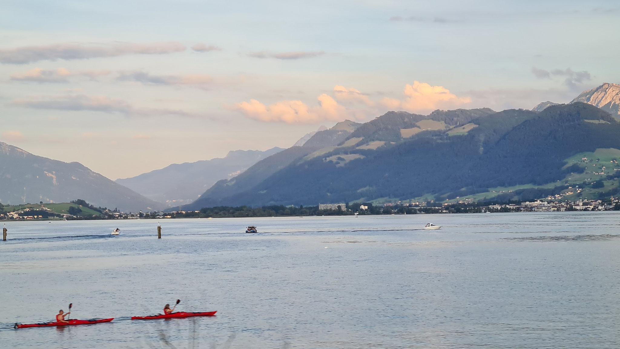 Auf dem Zürichsee ist noch einiges los