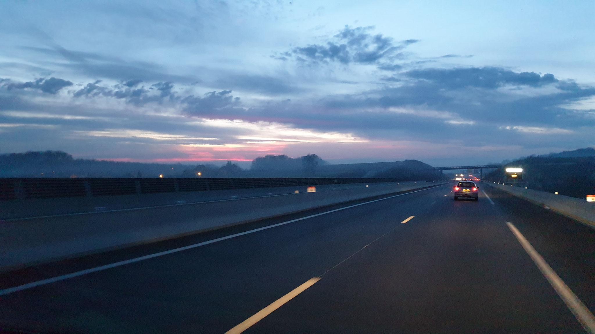 Sonnenaufgang in der Ferne...