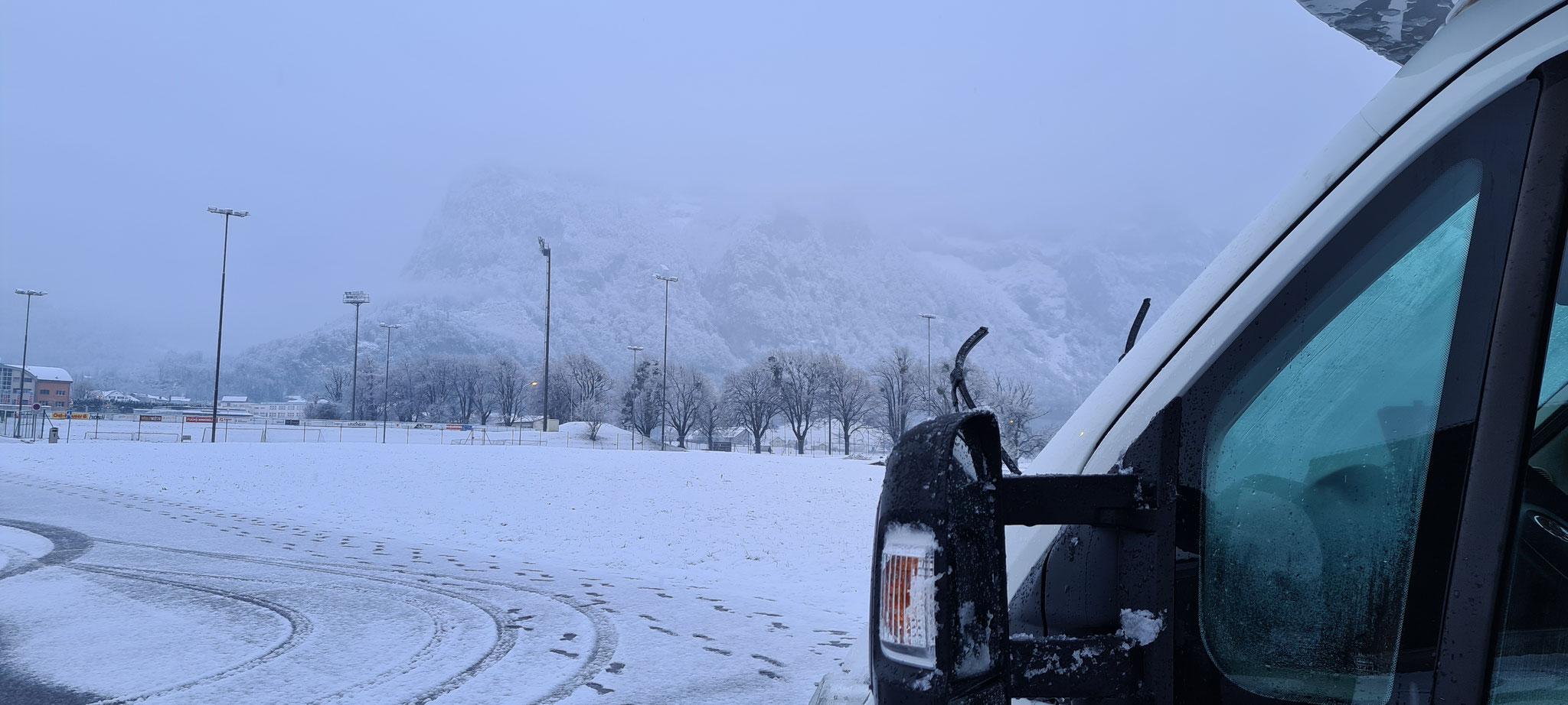Neuschnee am Samstag, Schnee weg, neuer Schnee am Sonntag