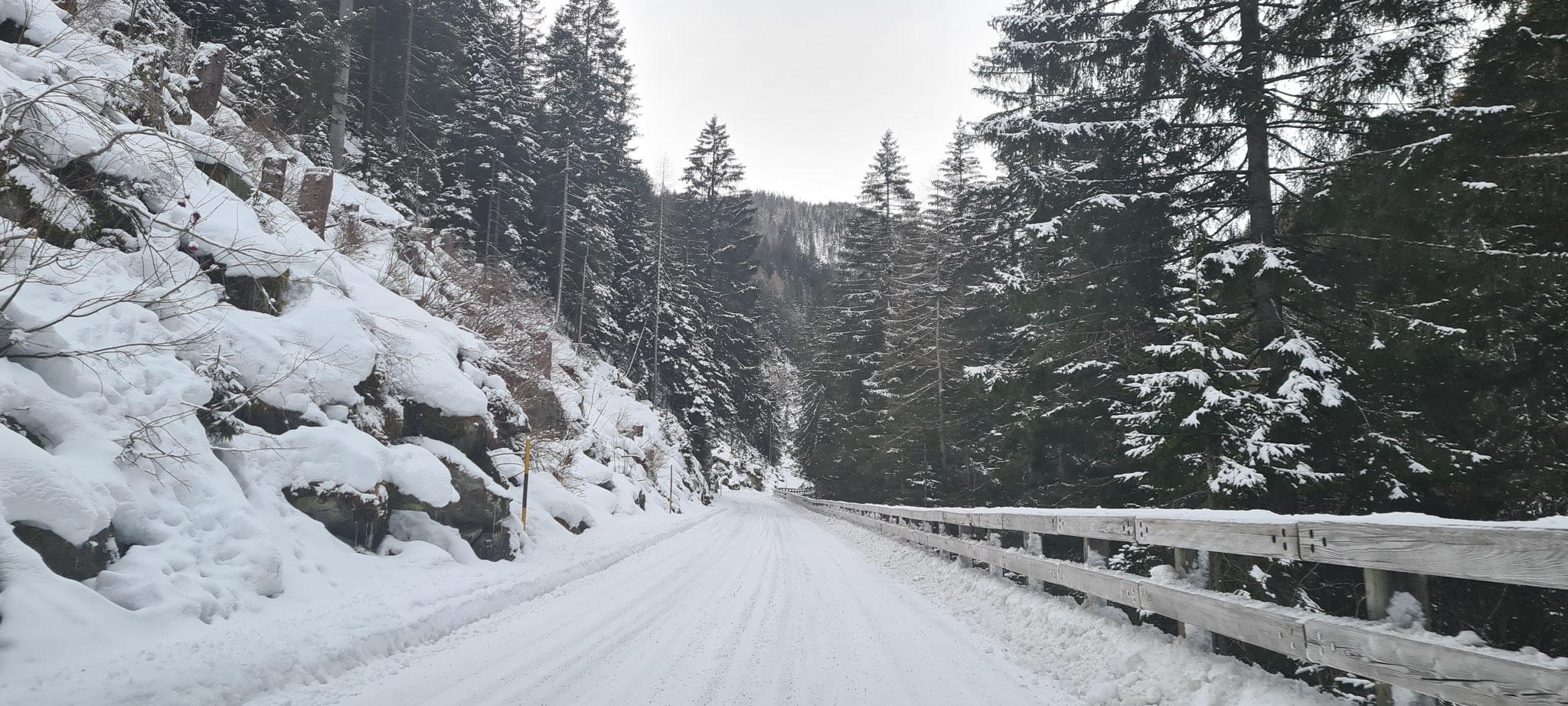 Traumhafte Winterstrasse...
