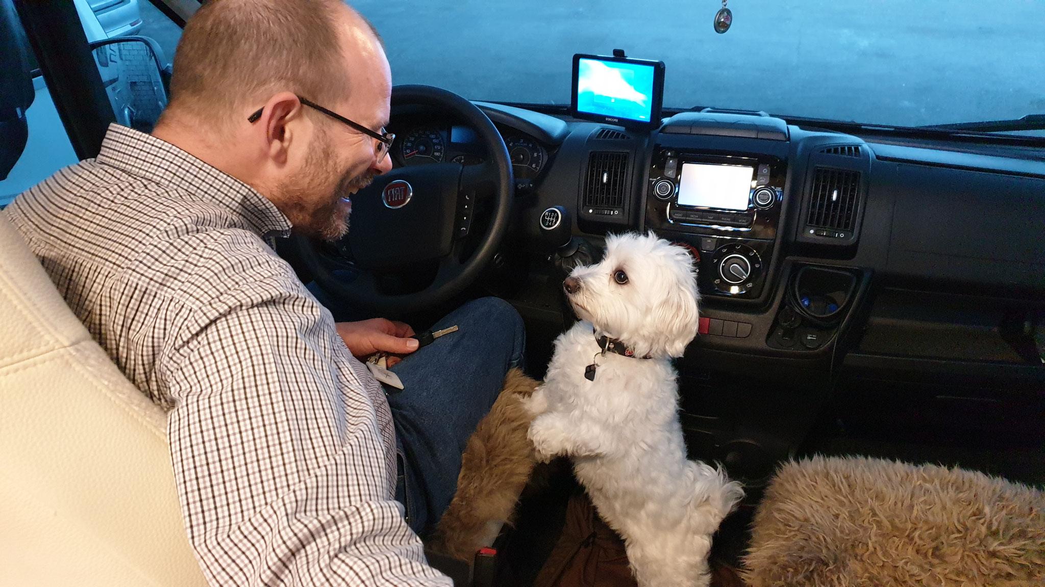 Hey Papa, warum fahren wir nicht los?