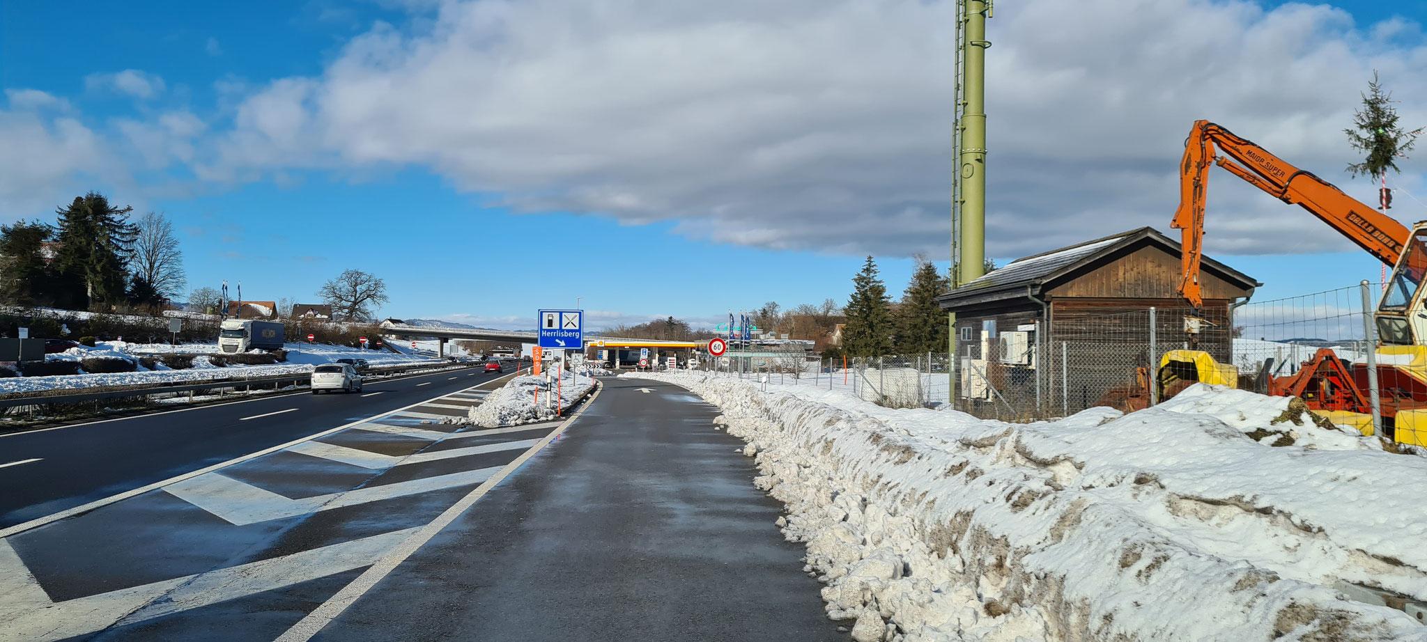 Wasserwechsel auf der Raststätte Herrlisberg