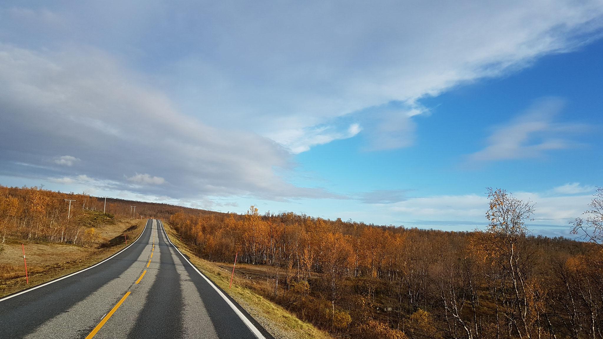 Wunderschöne Landschaft in Richtung Grenze Finnland