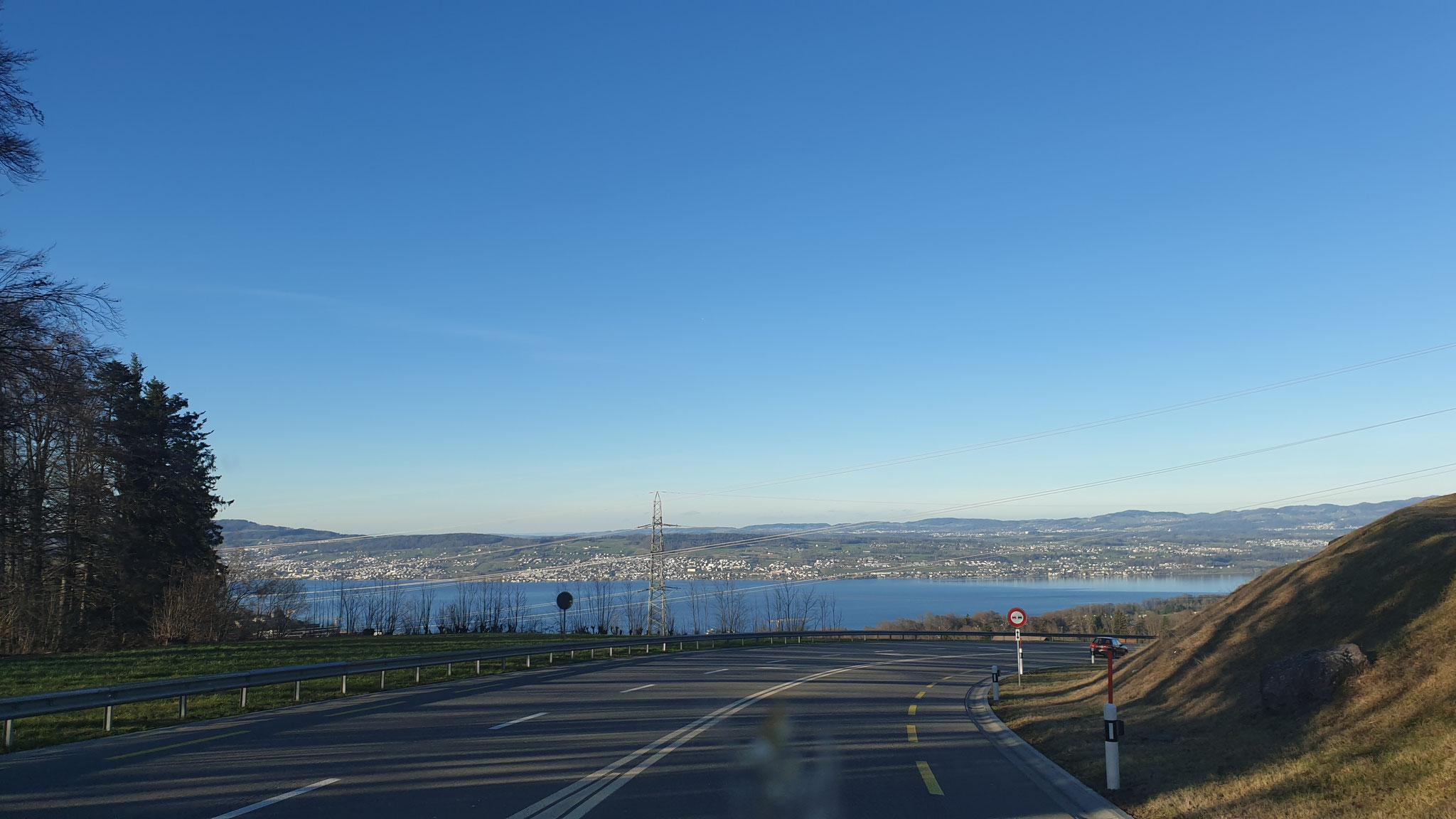 Der Zürichsee ist schon in Sichtweite