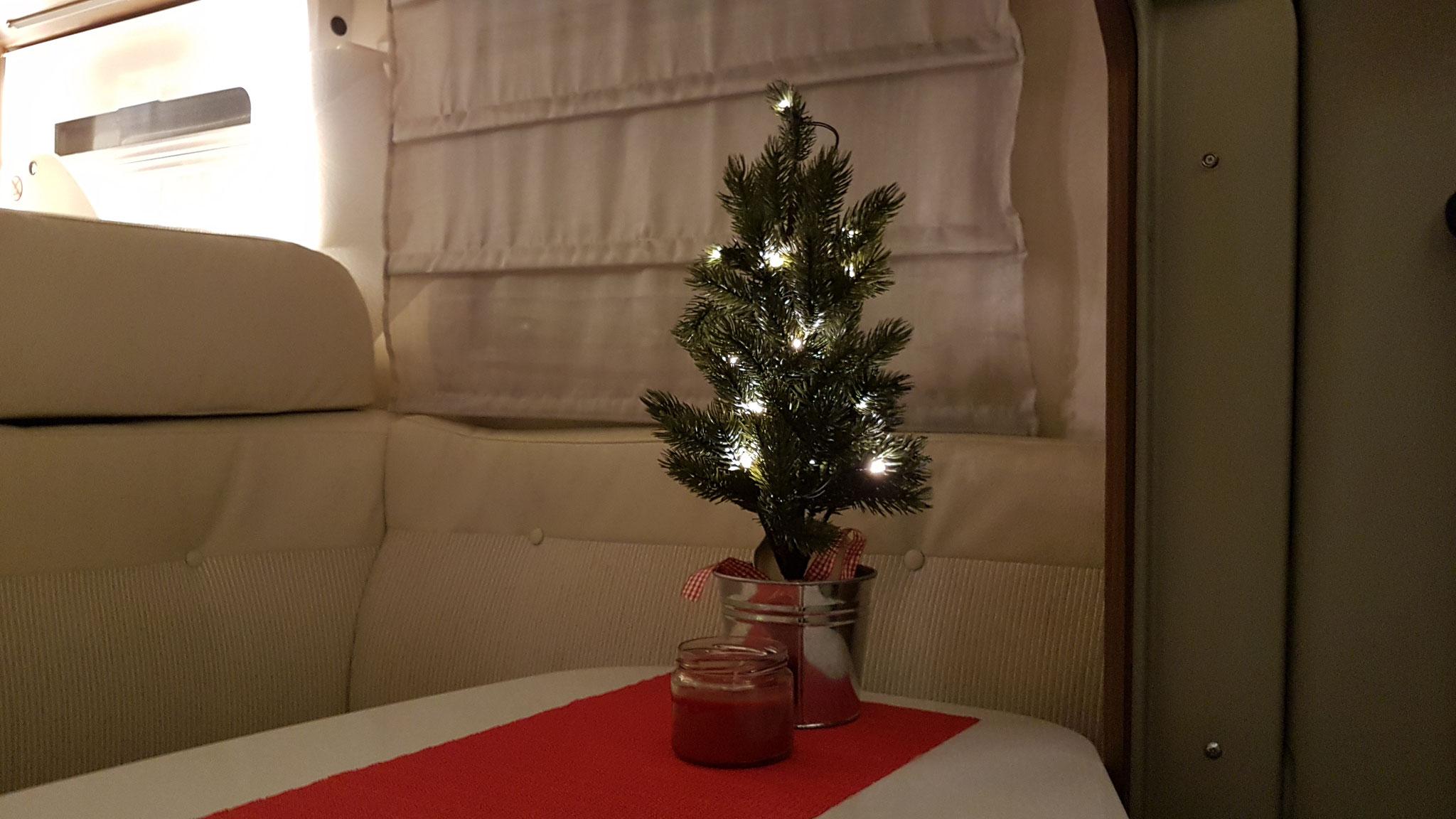 Ein bisschen Weihnachten haben wir auch schon im WoMo