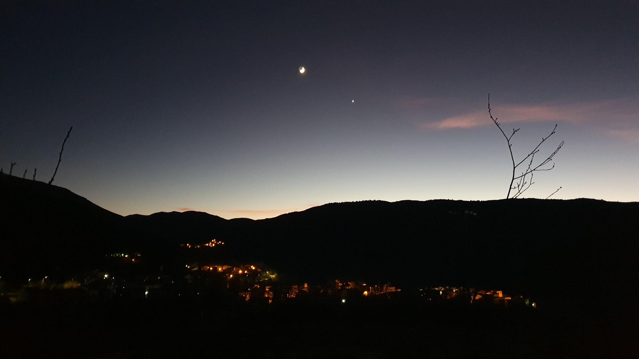 Der Mond, die Landschaft - ein Traum!