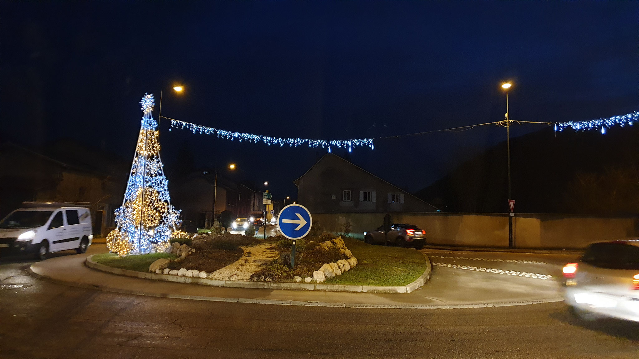 Die Weihnachtsbeleuchtung in Frankreich sieht ganz anders aus
