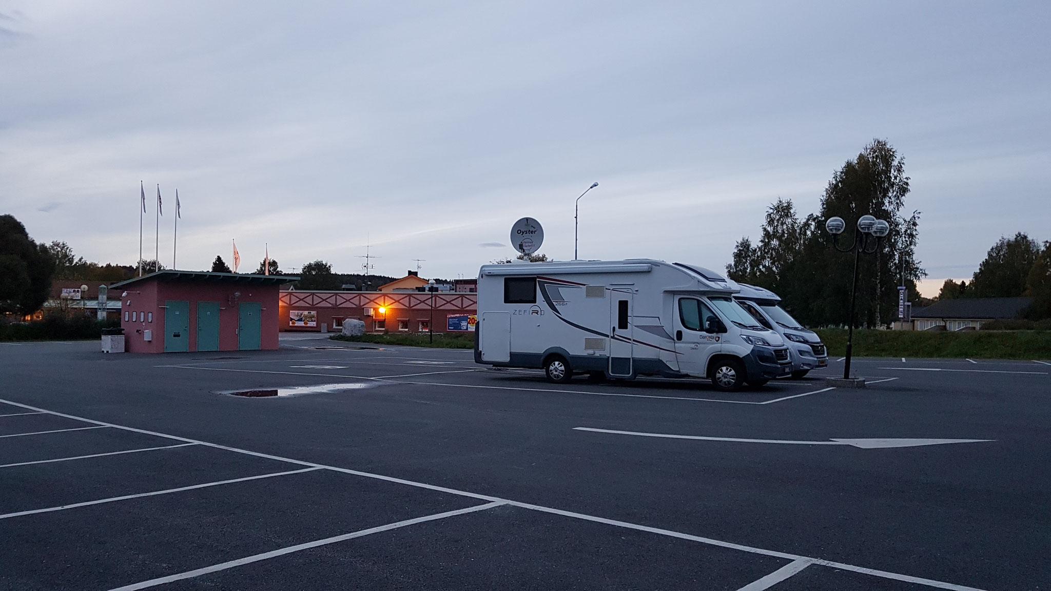Nachtlager mit holländischem Nachbarn auf Kuschelkurs