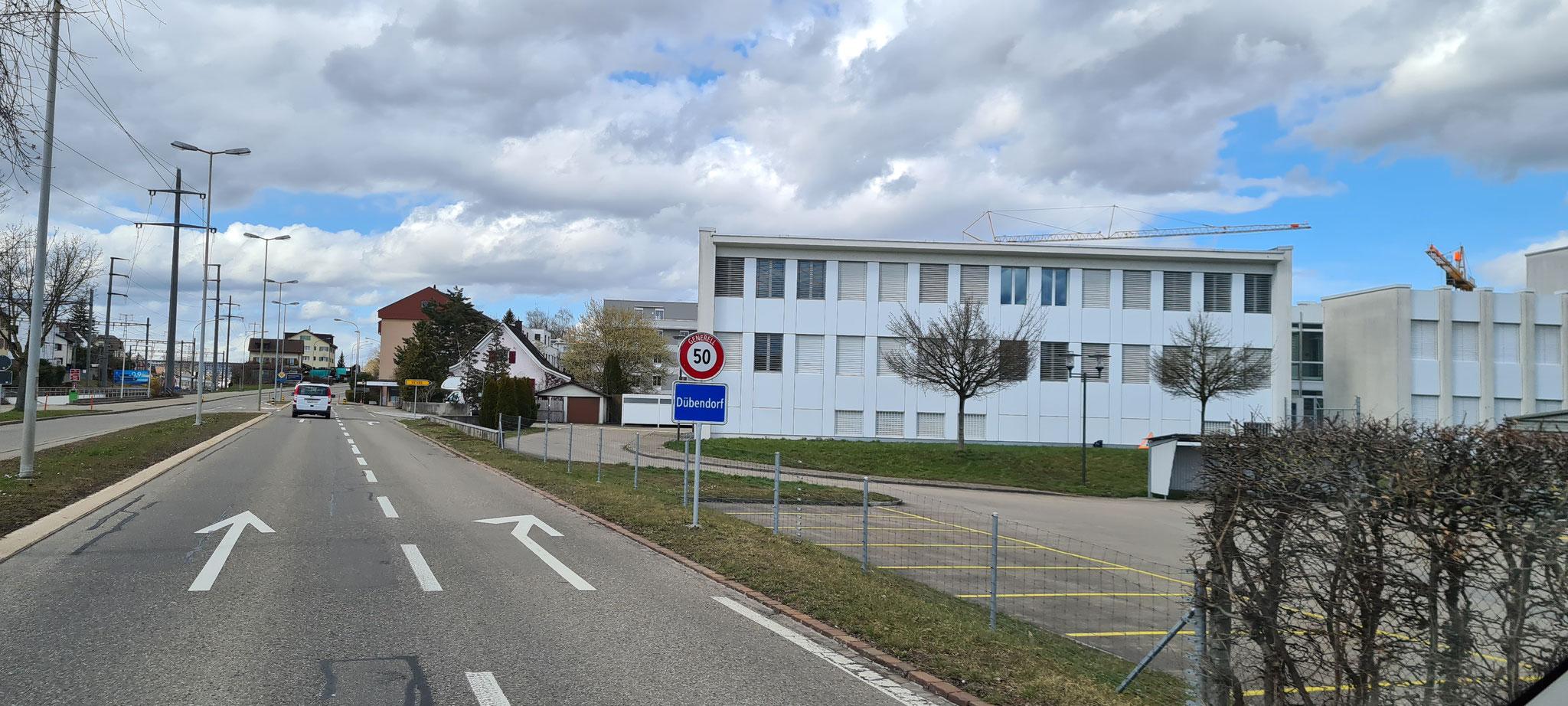 Abfahrt Dübendorf...