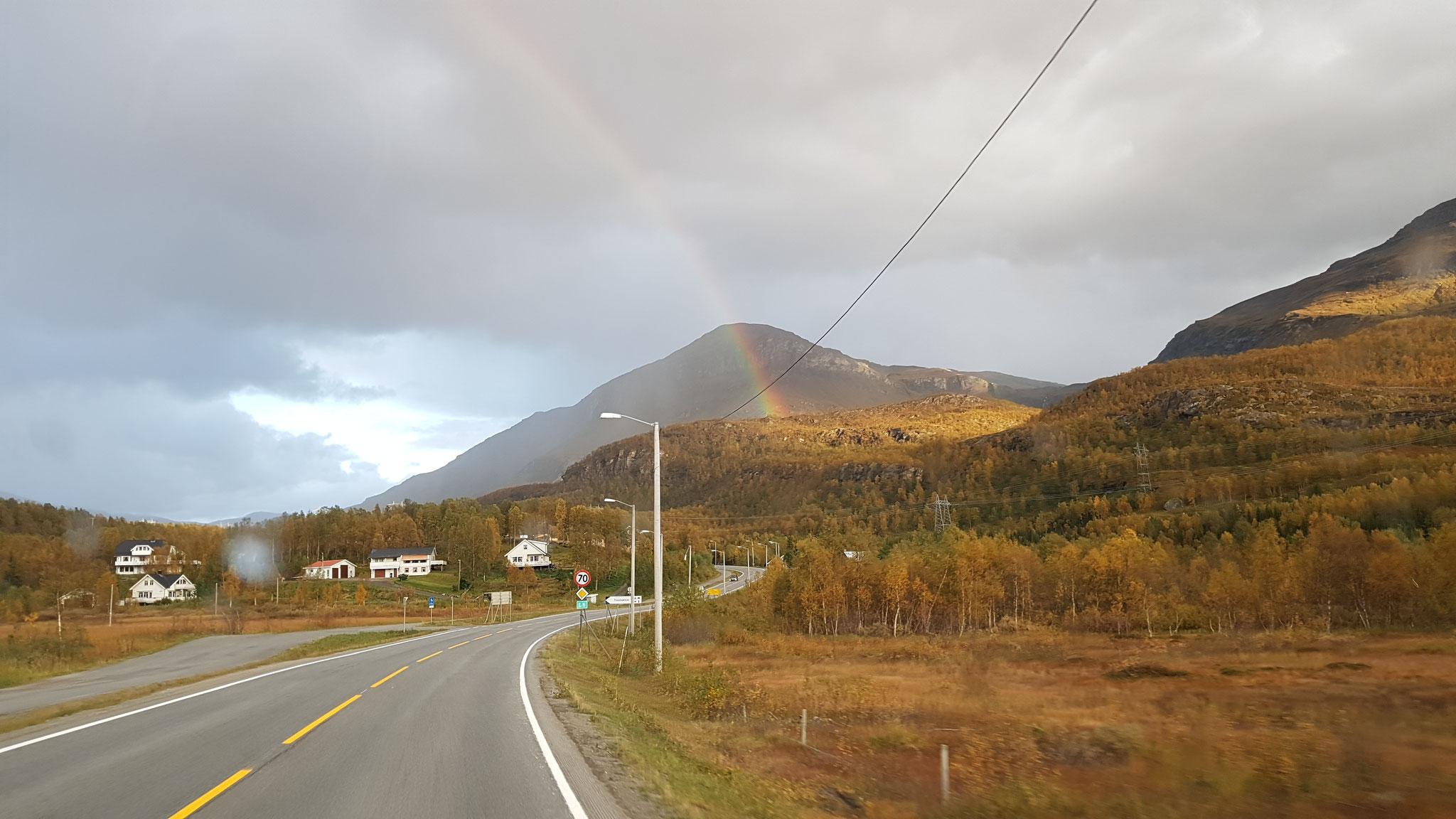 Ein weiterer Regenbogen begleitet uns