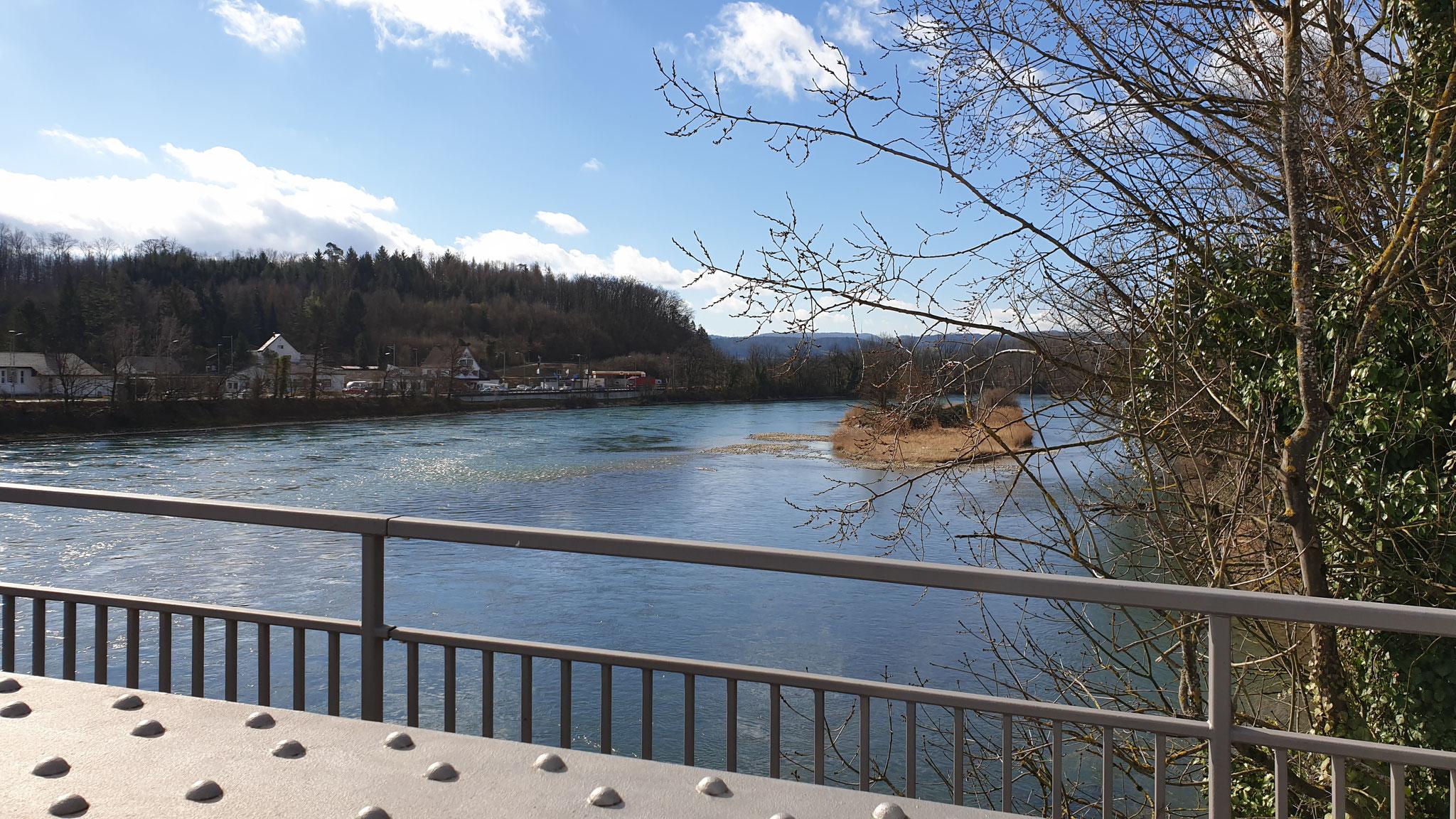 Über den Rhein...