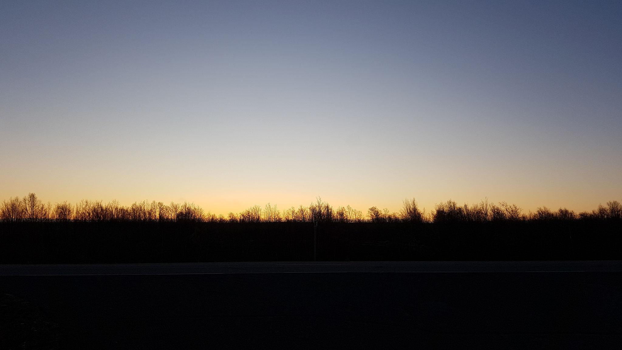Wunderschön so ein Sonnenaufgang weit ab von allem