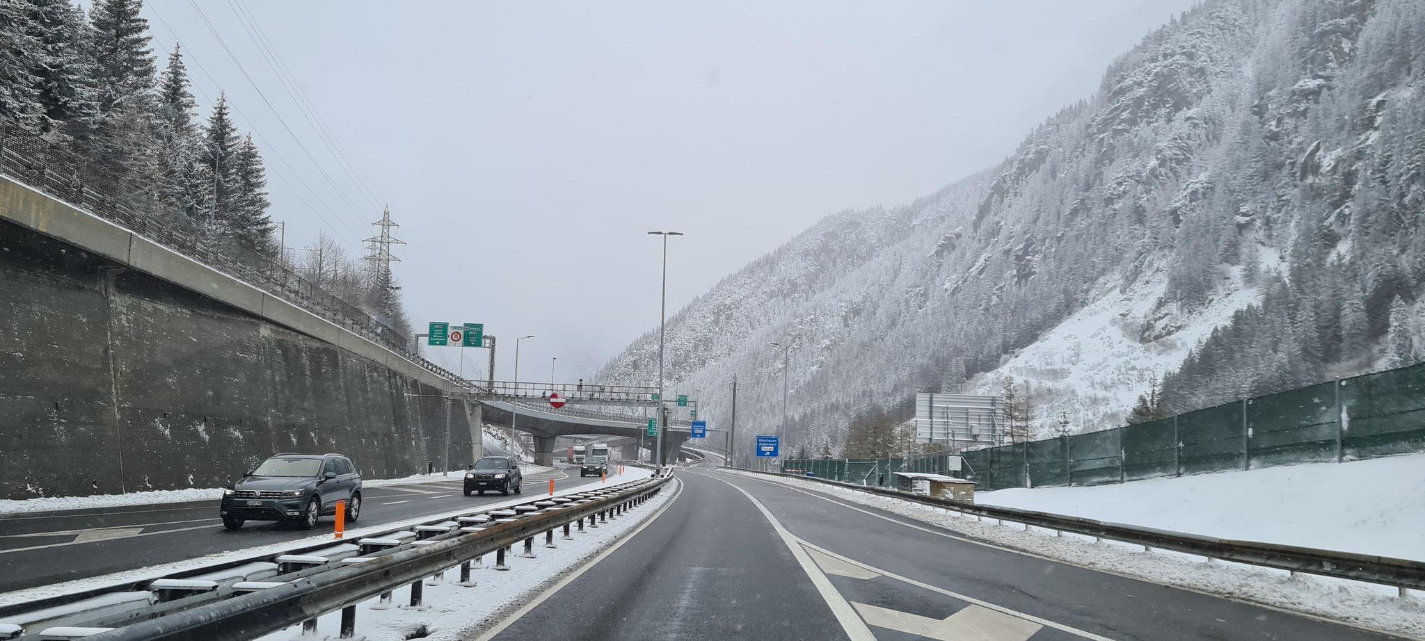 ...es schneit!!!