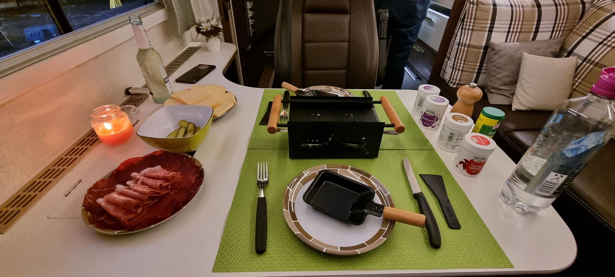 Raclette zum Zweiten - diesmal mit Brennpasten-Rechauds