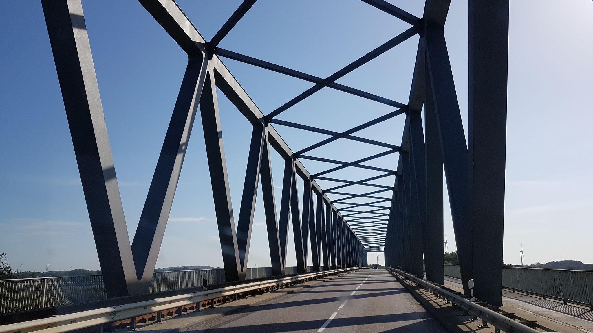 Diese Brücke sieht jedenfalls genial aus