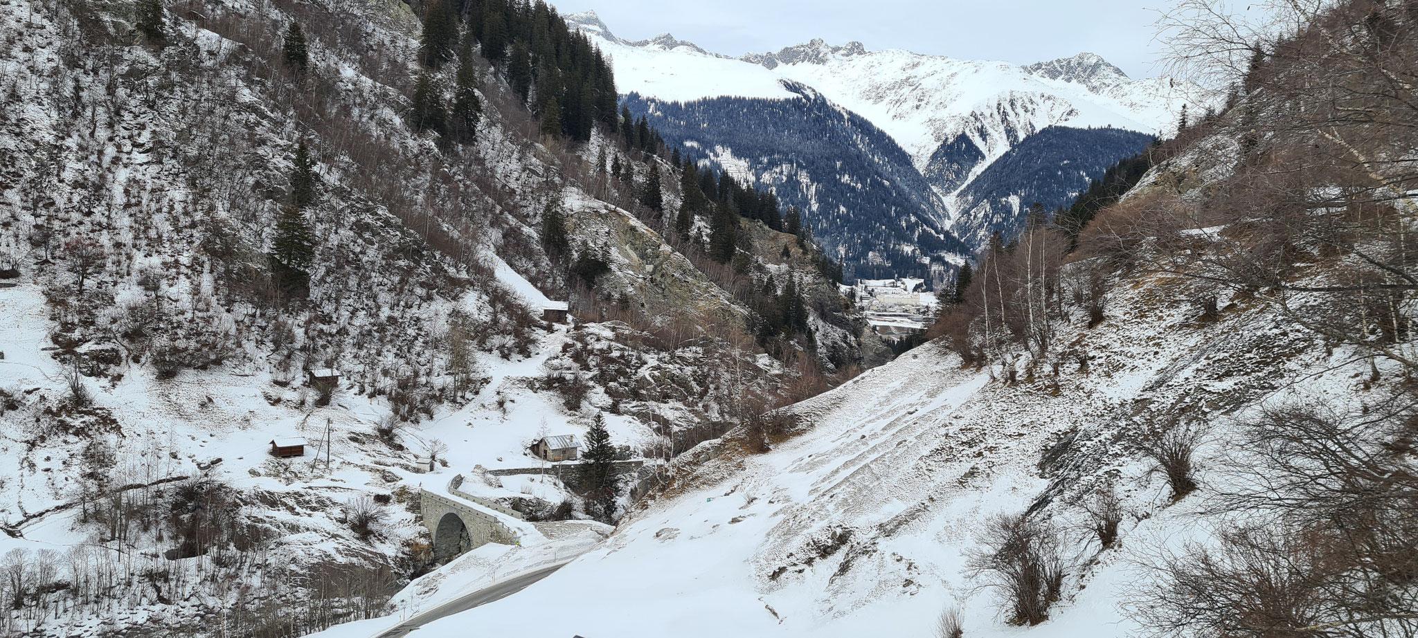 Kloster Disentis im Hintergrund