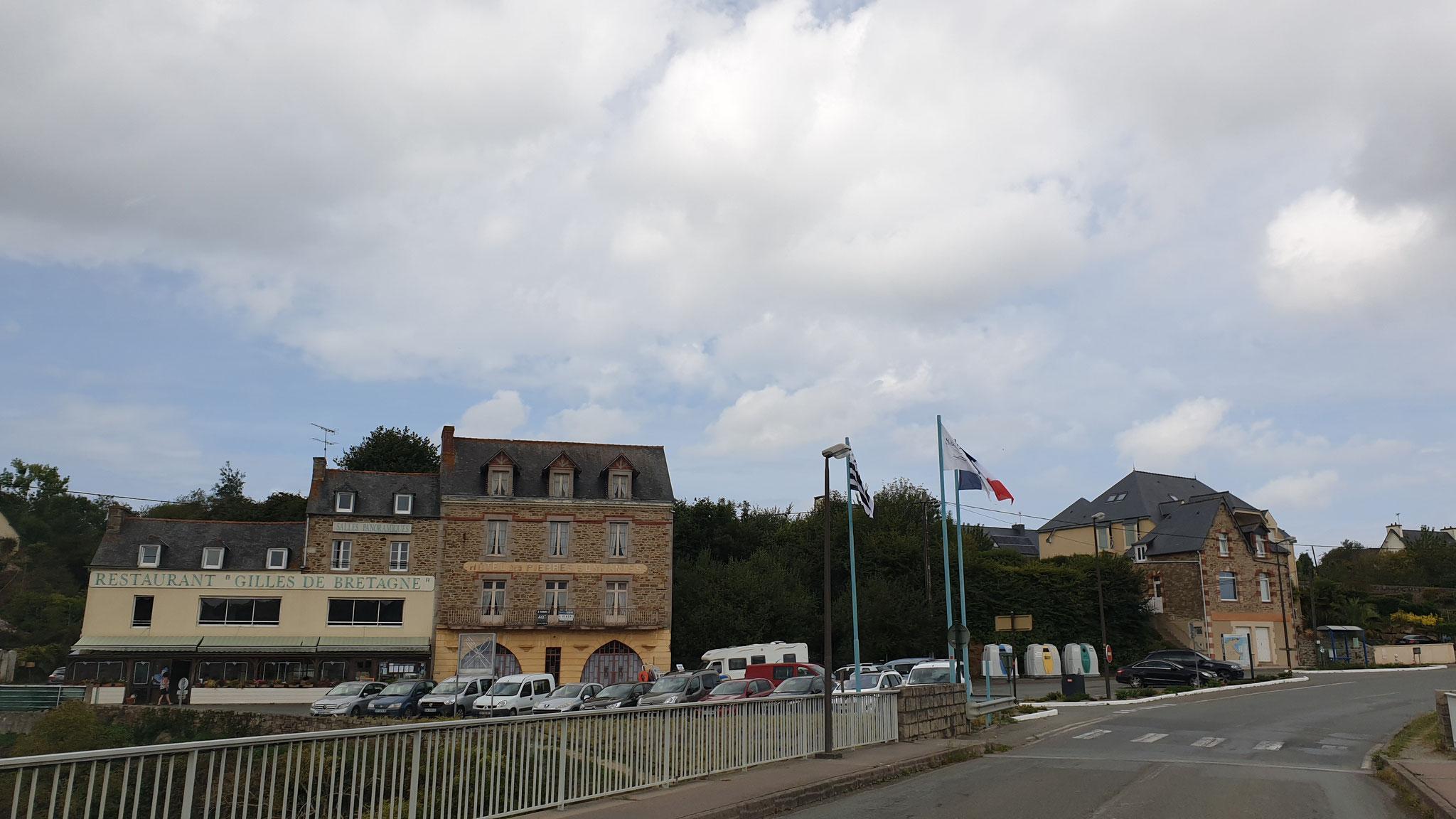 Die Bretagne-Flagge macht leider gerade schlapp