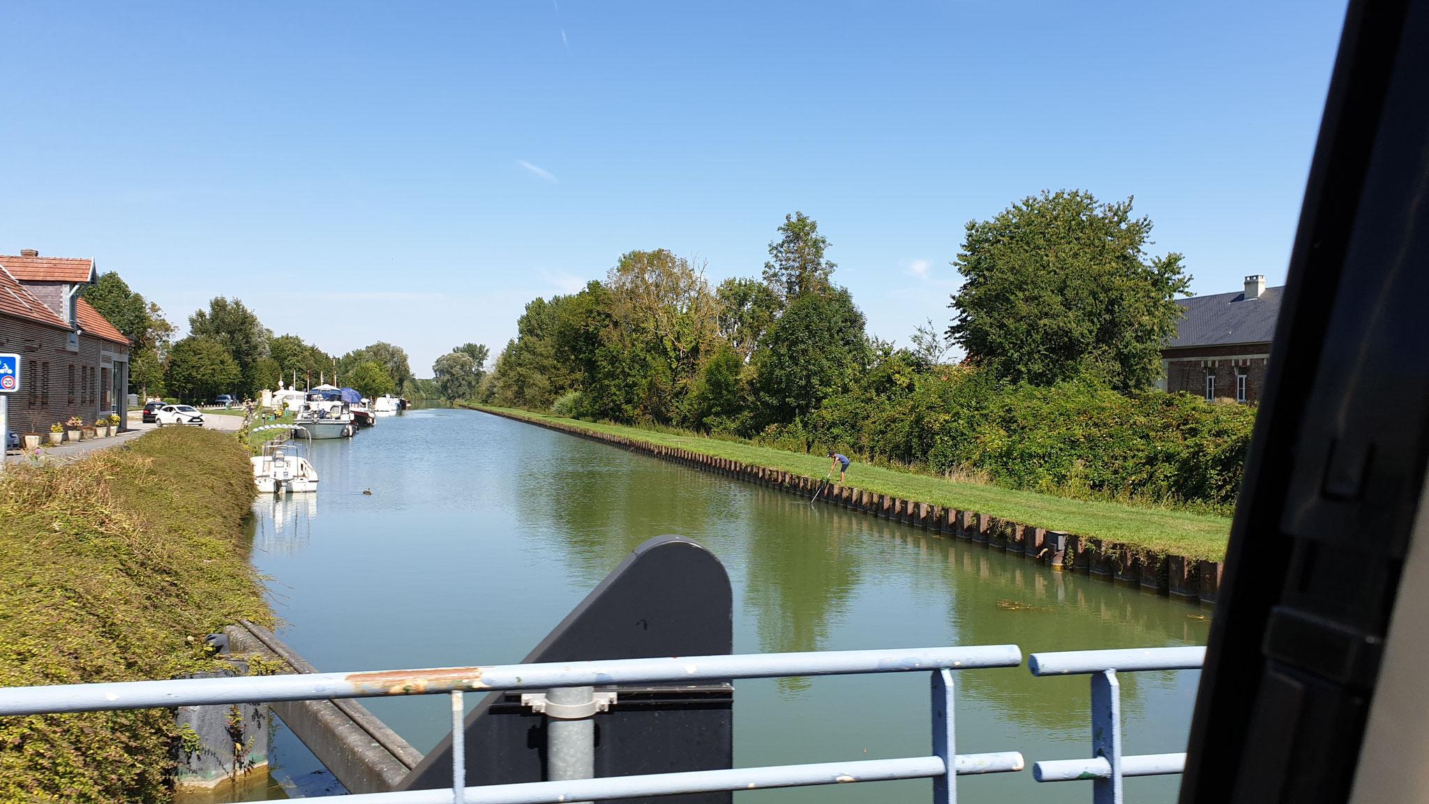 Der Kanal in Cappy