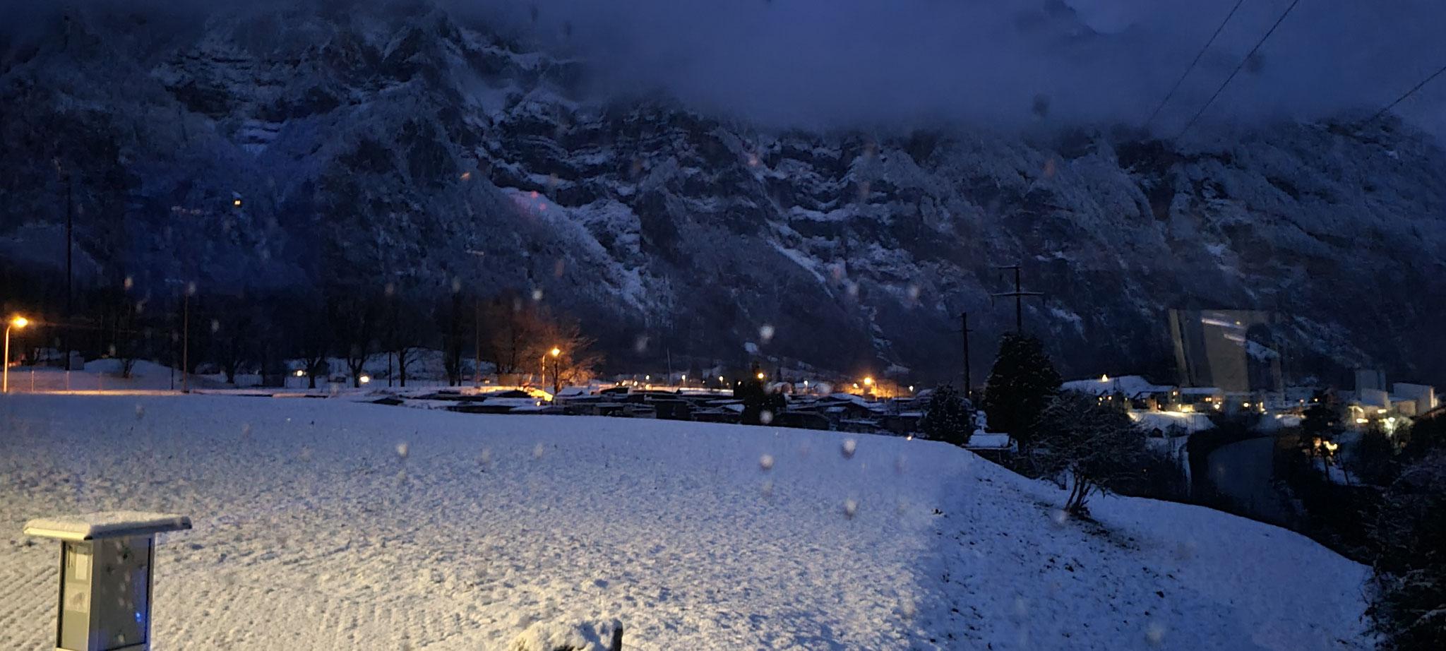 Blick ins Tal - jetzt mit Schnee