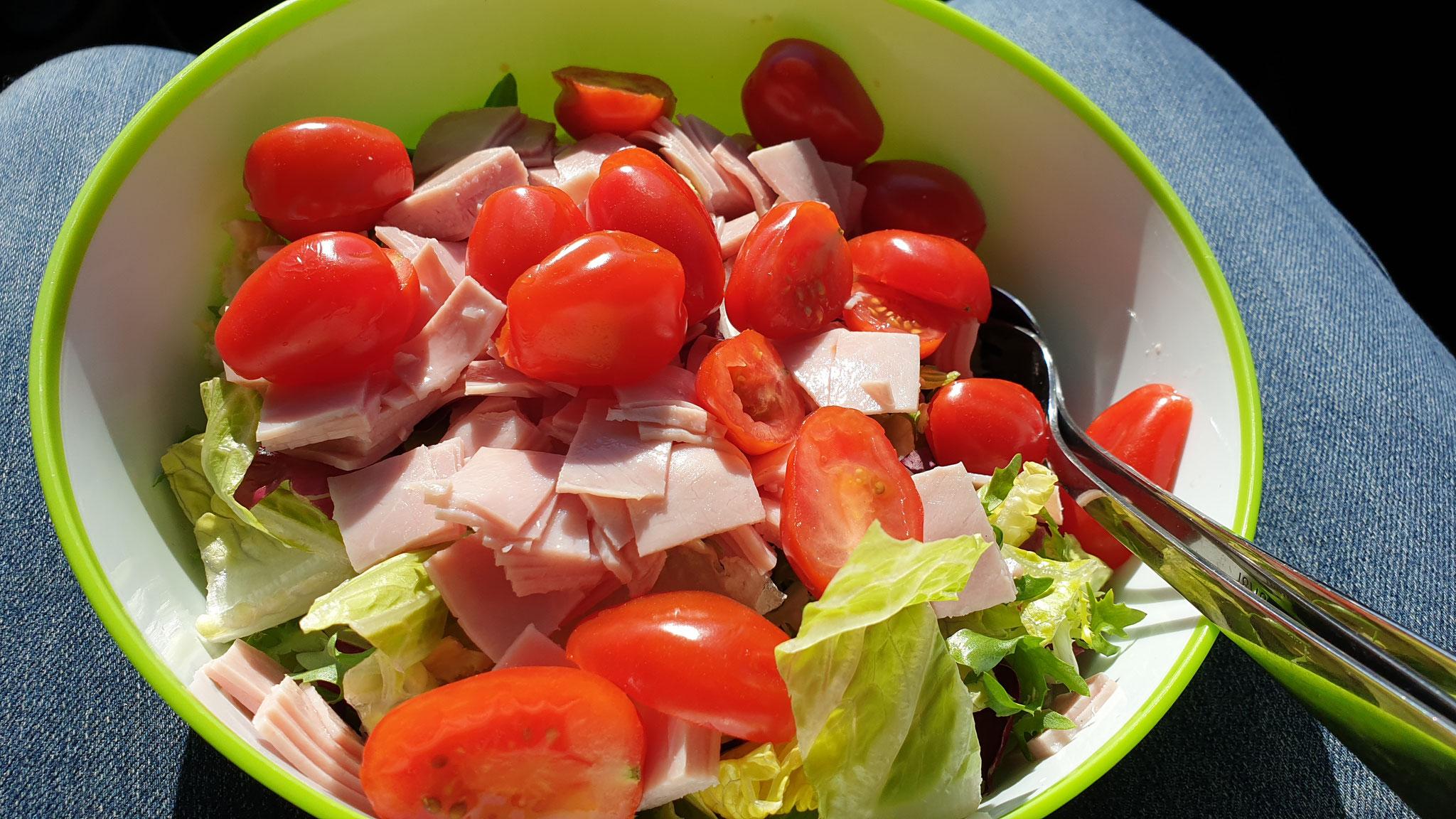 Mittagssalat unterwegs