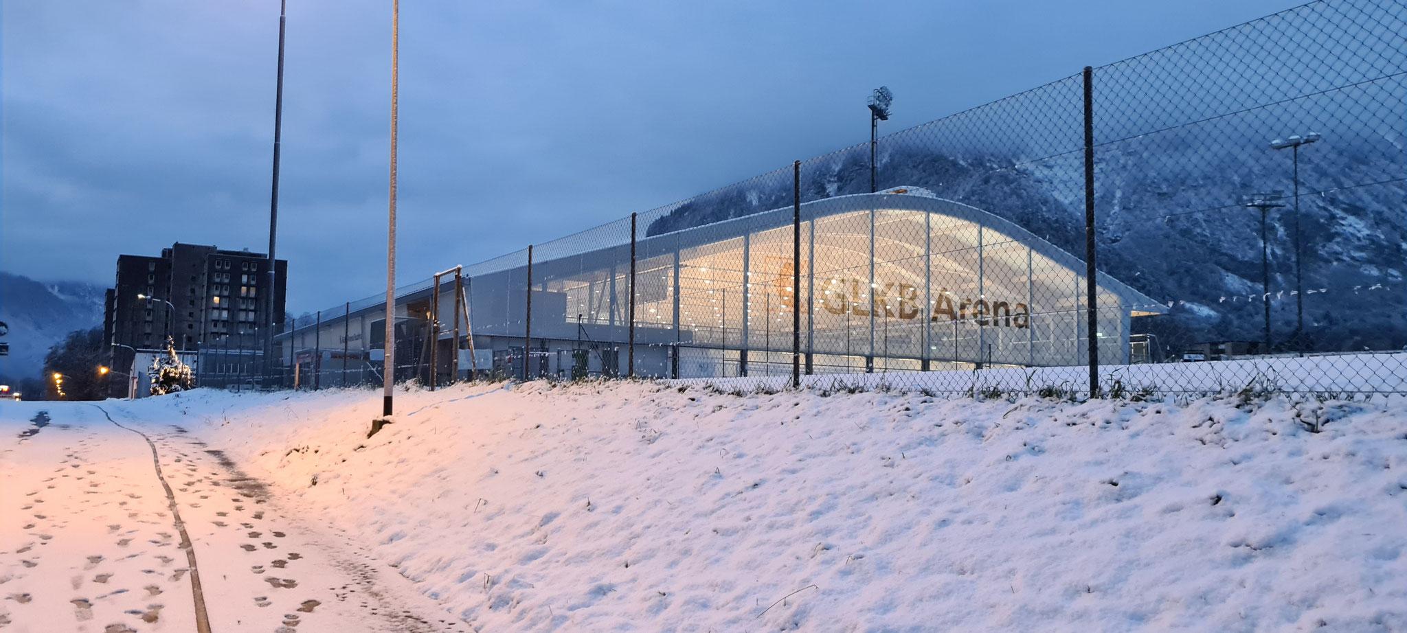 Hell erleuchtet - die GLKB Arena