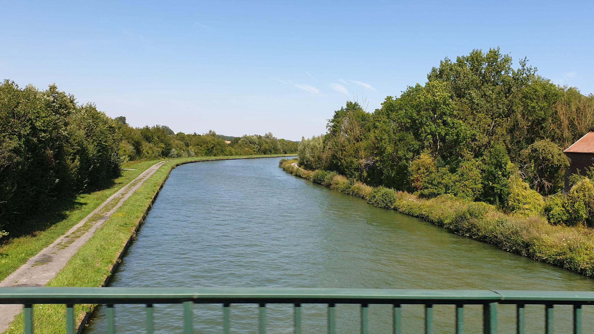 Über viele Flüsse führt unser Weg z.B. über La Somme