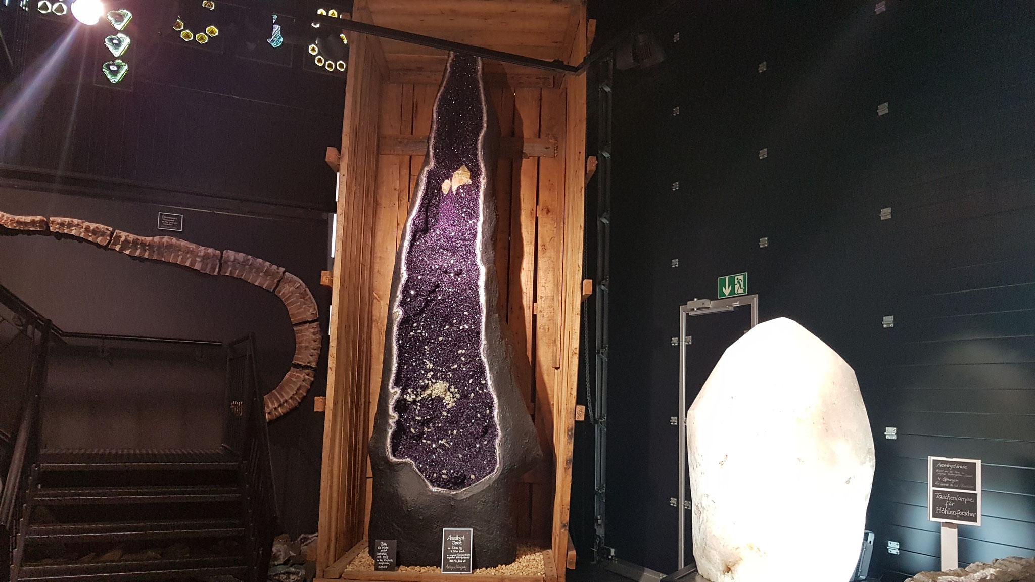 Die weltweit grösse Amethyst-Druse
