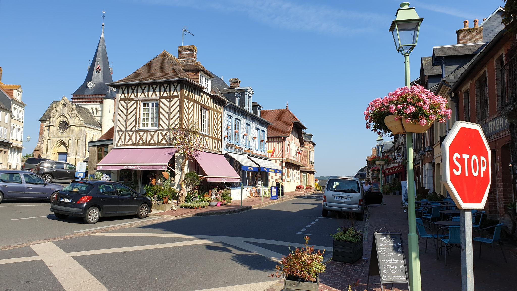 ...und geniessen die hübschen Dörfer der Normandie