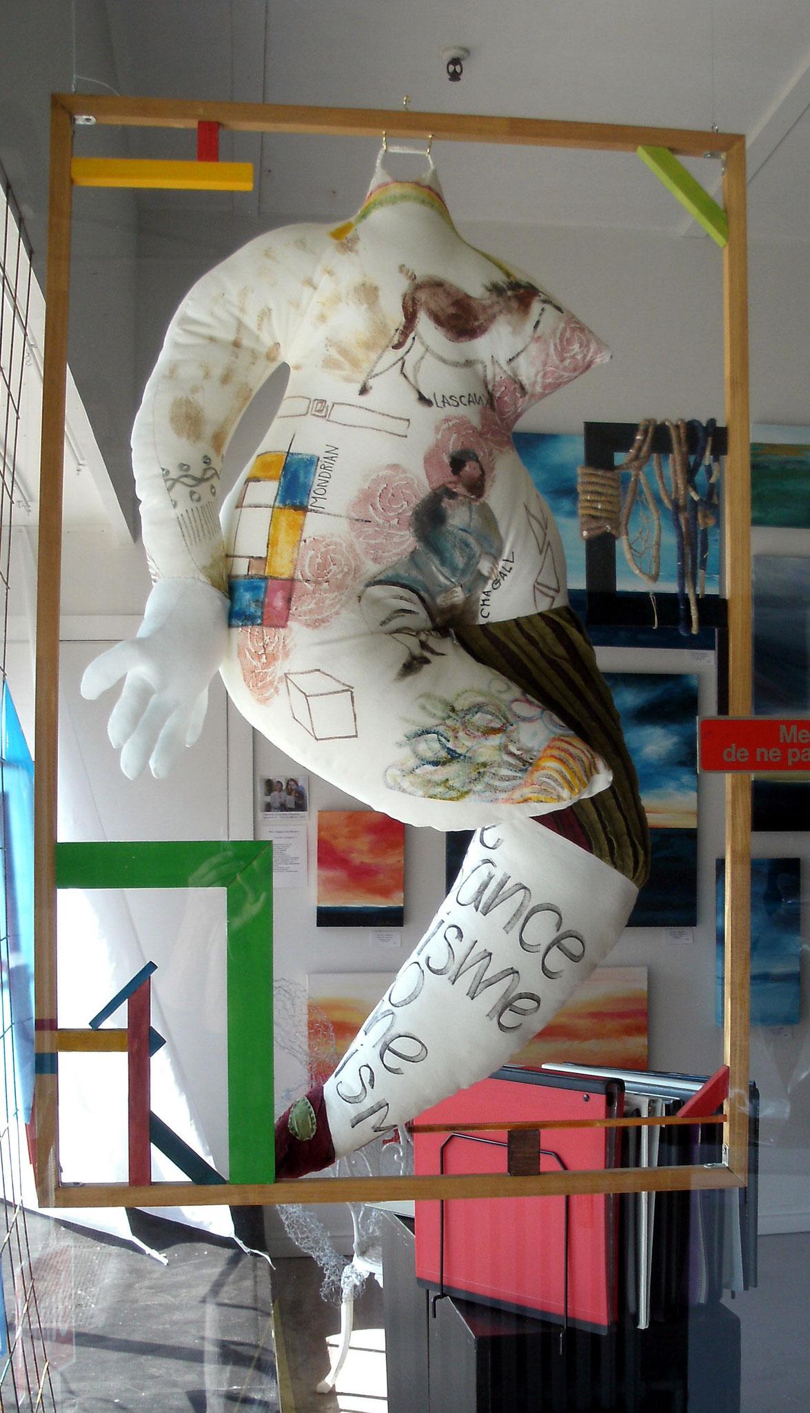 FRISSONNER POUR L'ART, tissus, rembourrage de polyester, technique mixte, 40'' X 26'', 200,00$