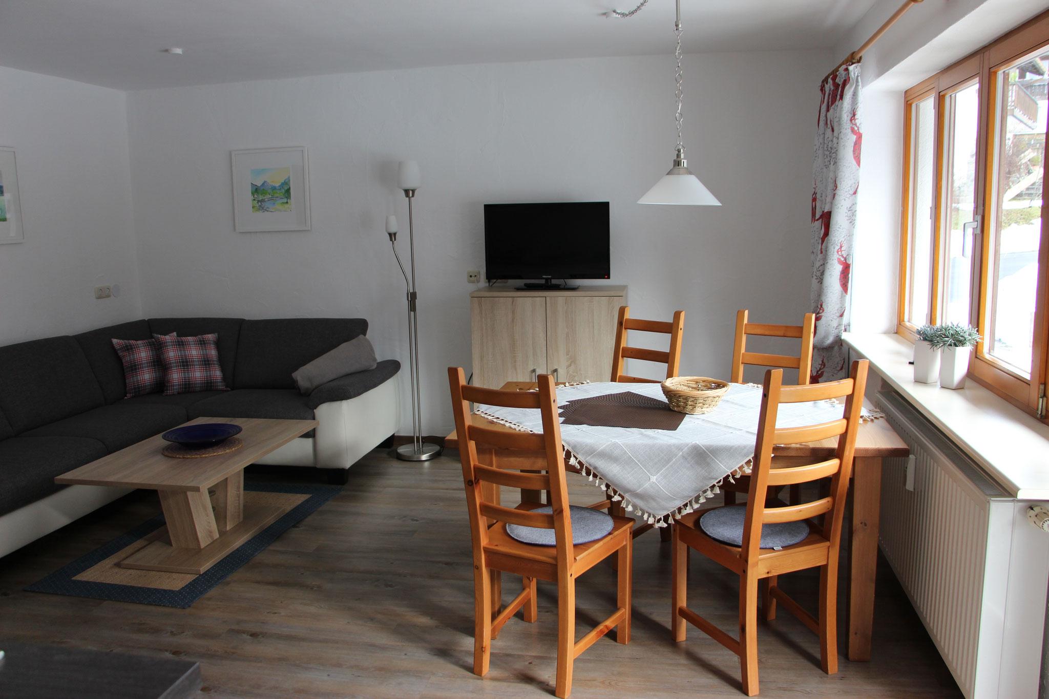 Wohnraum/Küche Wohnung Ornach