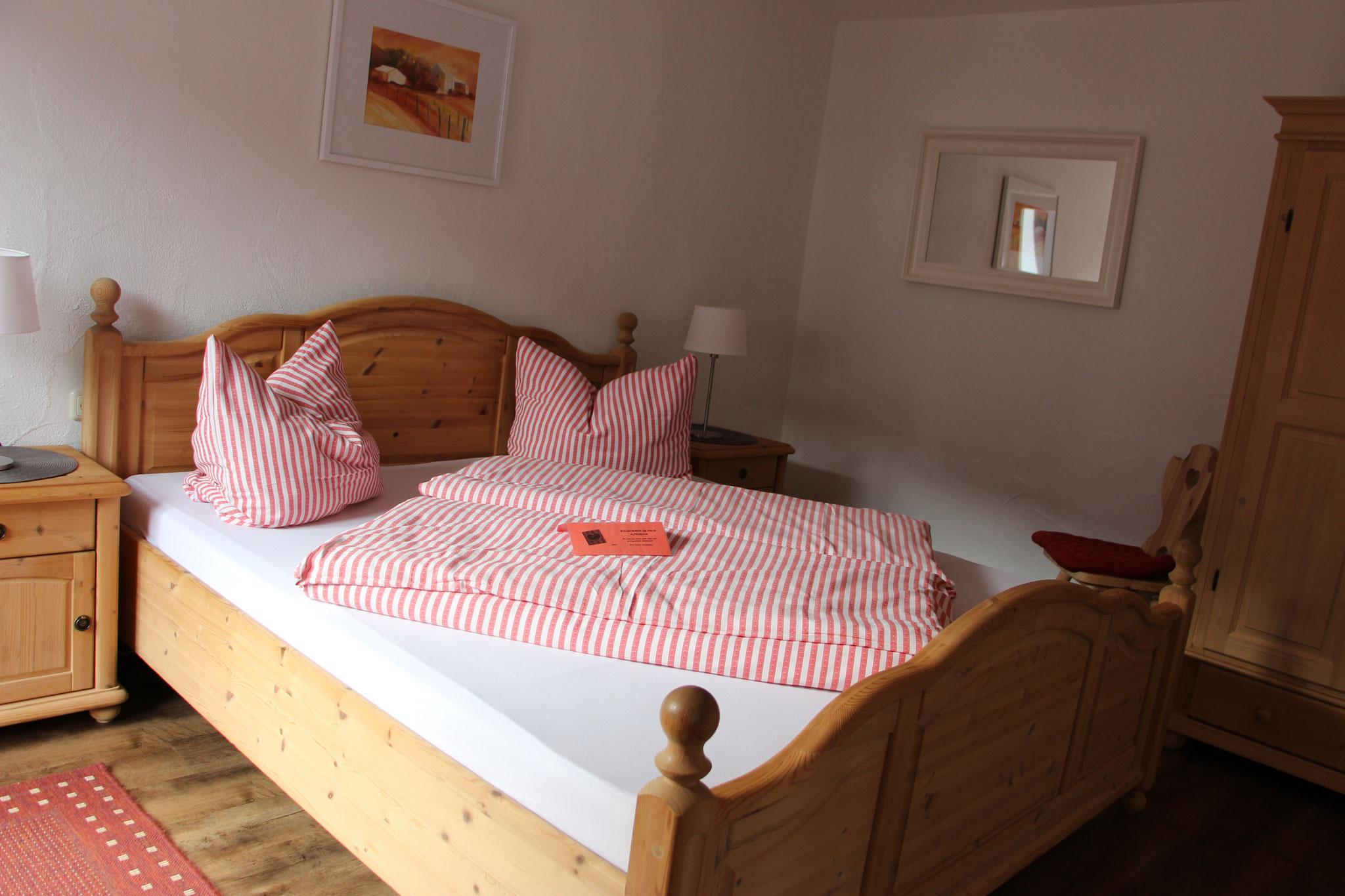 Schlafzimmer Wohnung Tirol