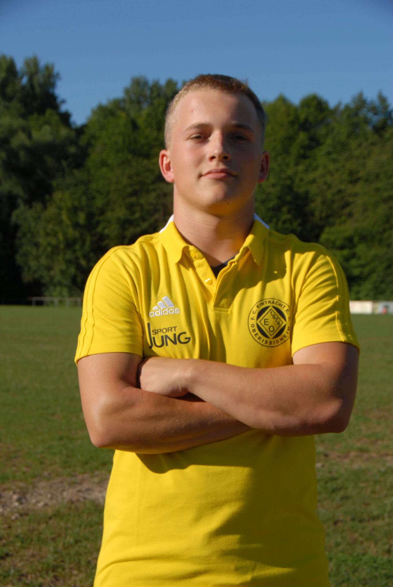 Florian Juhre, Mittelfeld