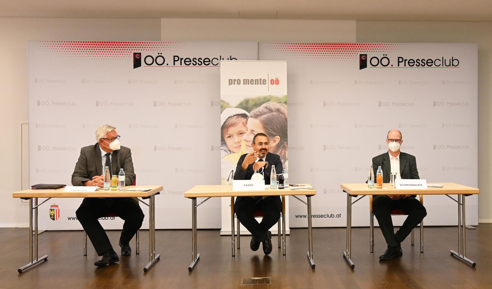 Pressekonferenz (v.l.n.r.: Labacher, Yazdi, Schmidbauer)