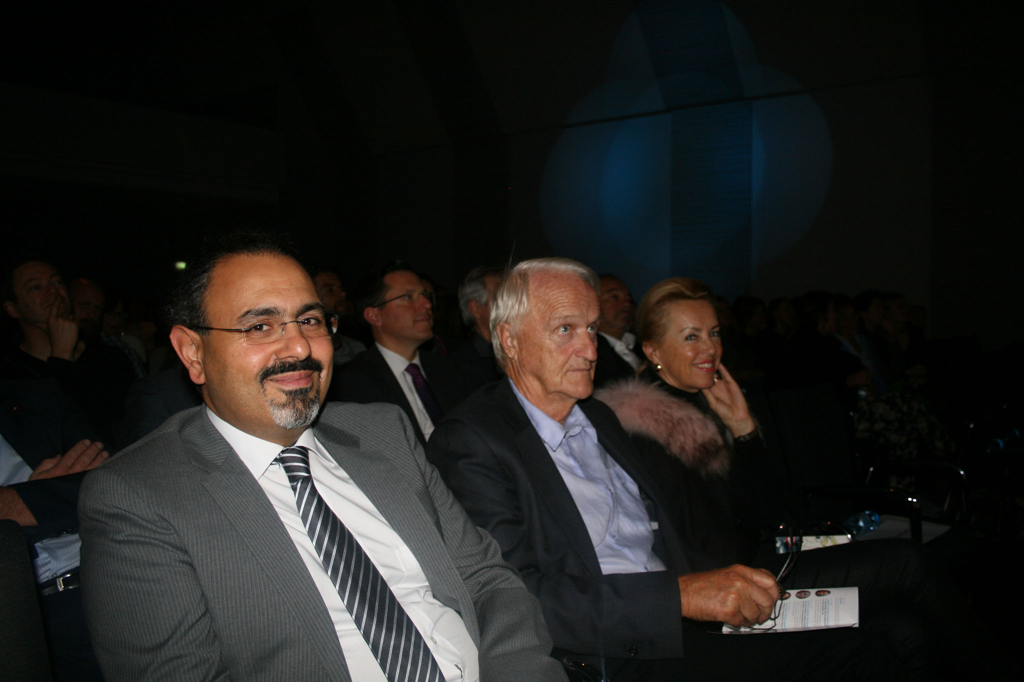 v.l.n.r.: Kurosch Yazdi, Werner Schöny, Karin Schöny