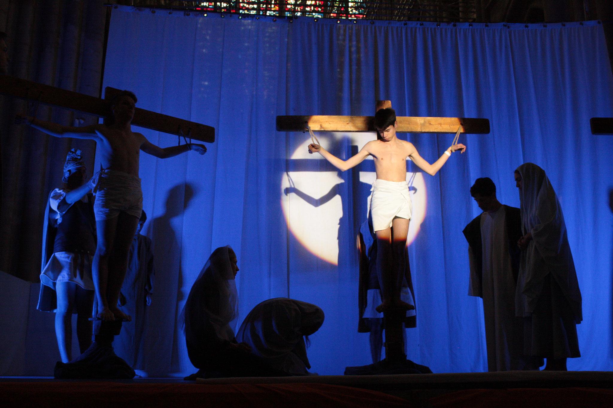 La mort en croix - (c) JDR