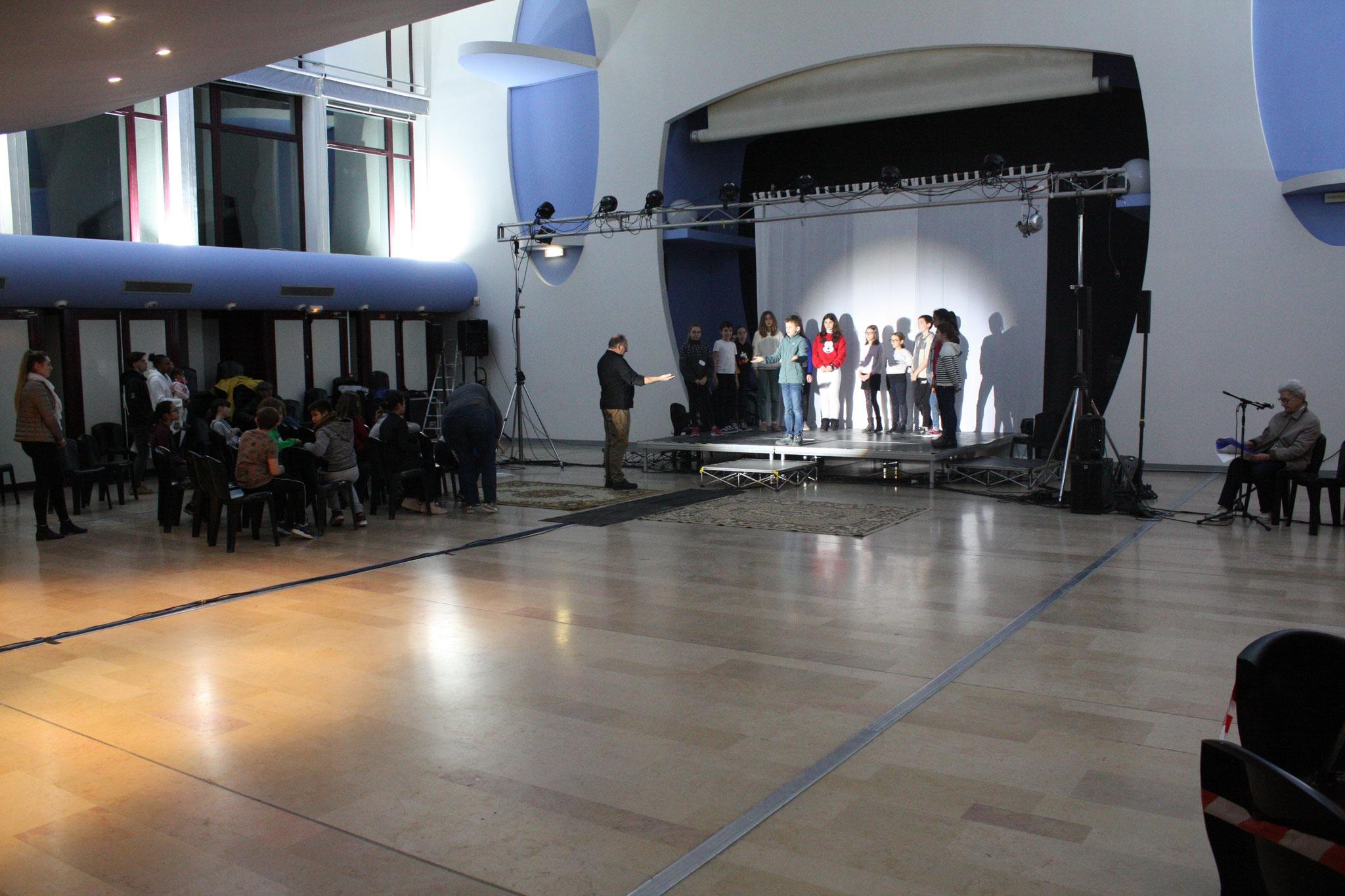 La salle du Centre Culturel - (c) JDR