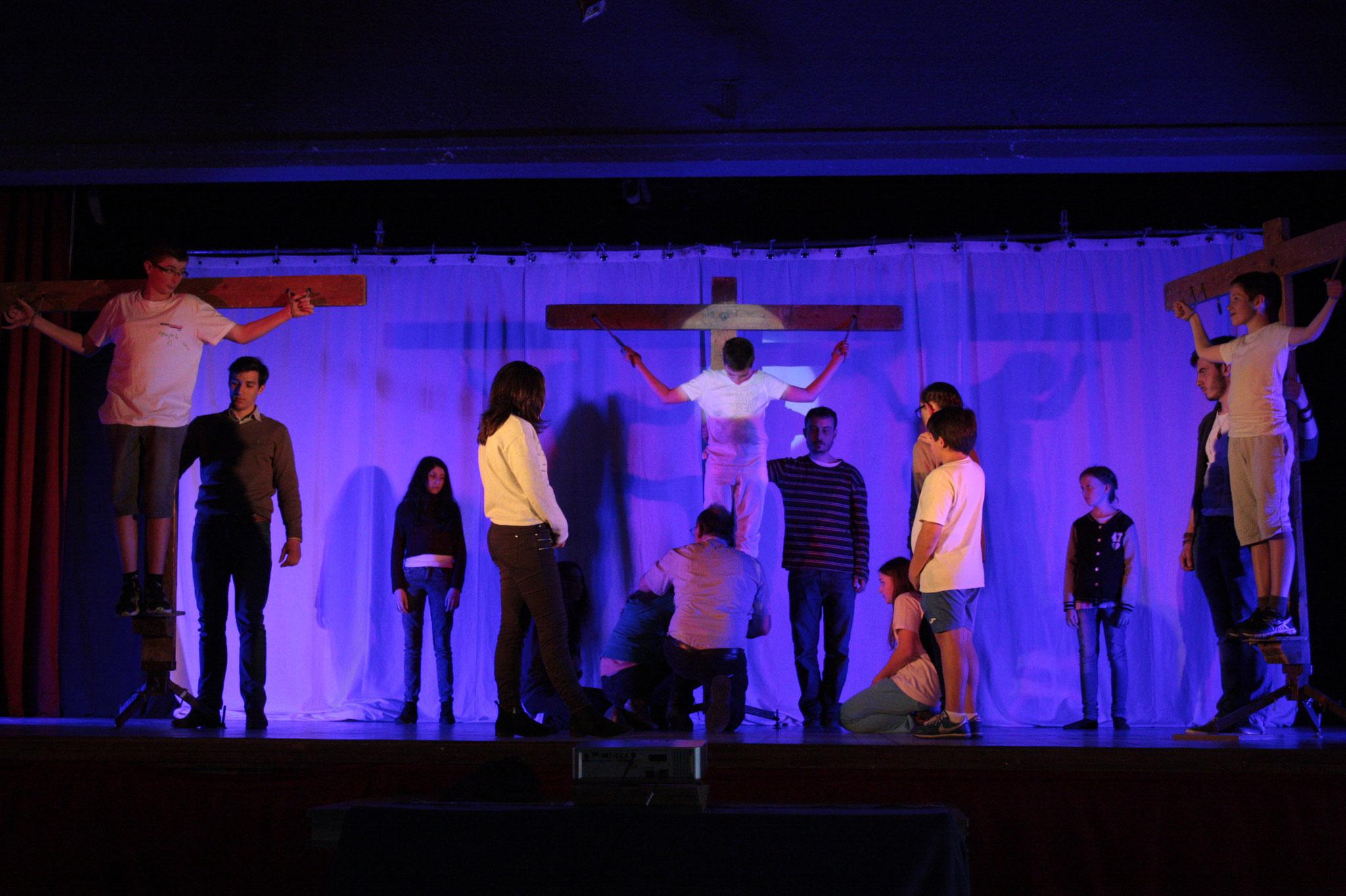 Répétition de la mort en croix (© JDR)
