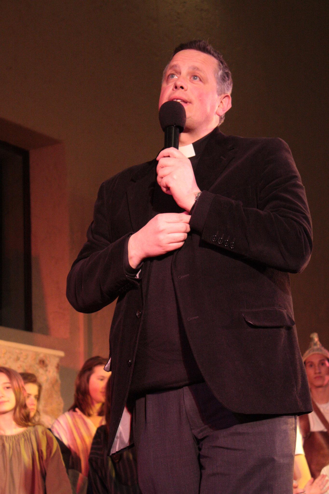 Père Bruno Valentin, curé / © JDR