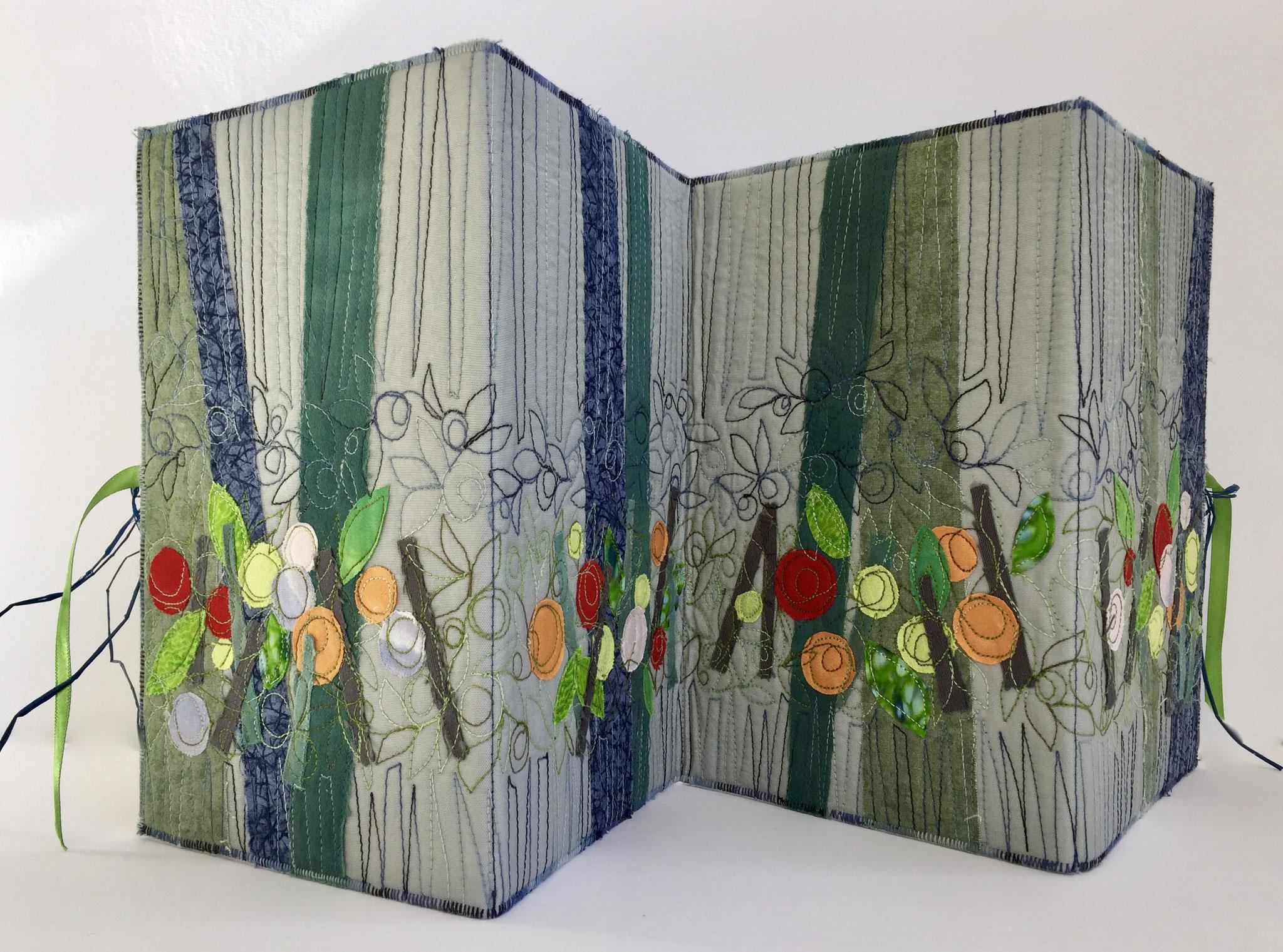 Textile Experimente Cover, Vier Jahreszeiten, Leporello