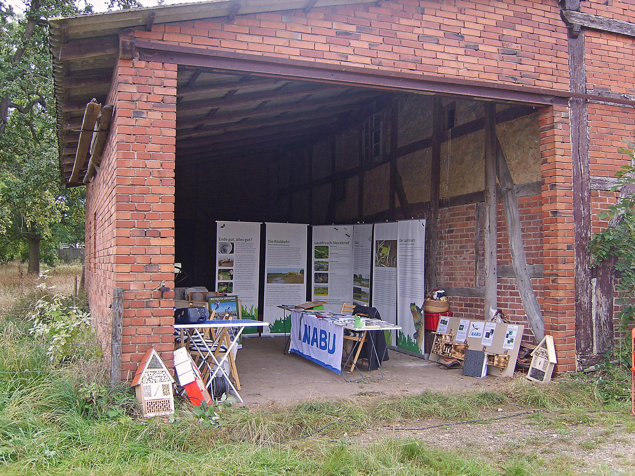 Der Info-Stand des NABU Schamburg. - Fotos: Kathy Büscher